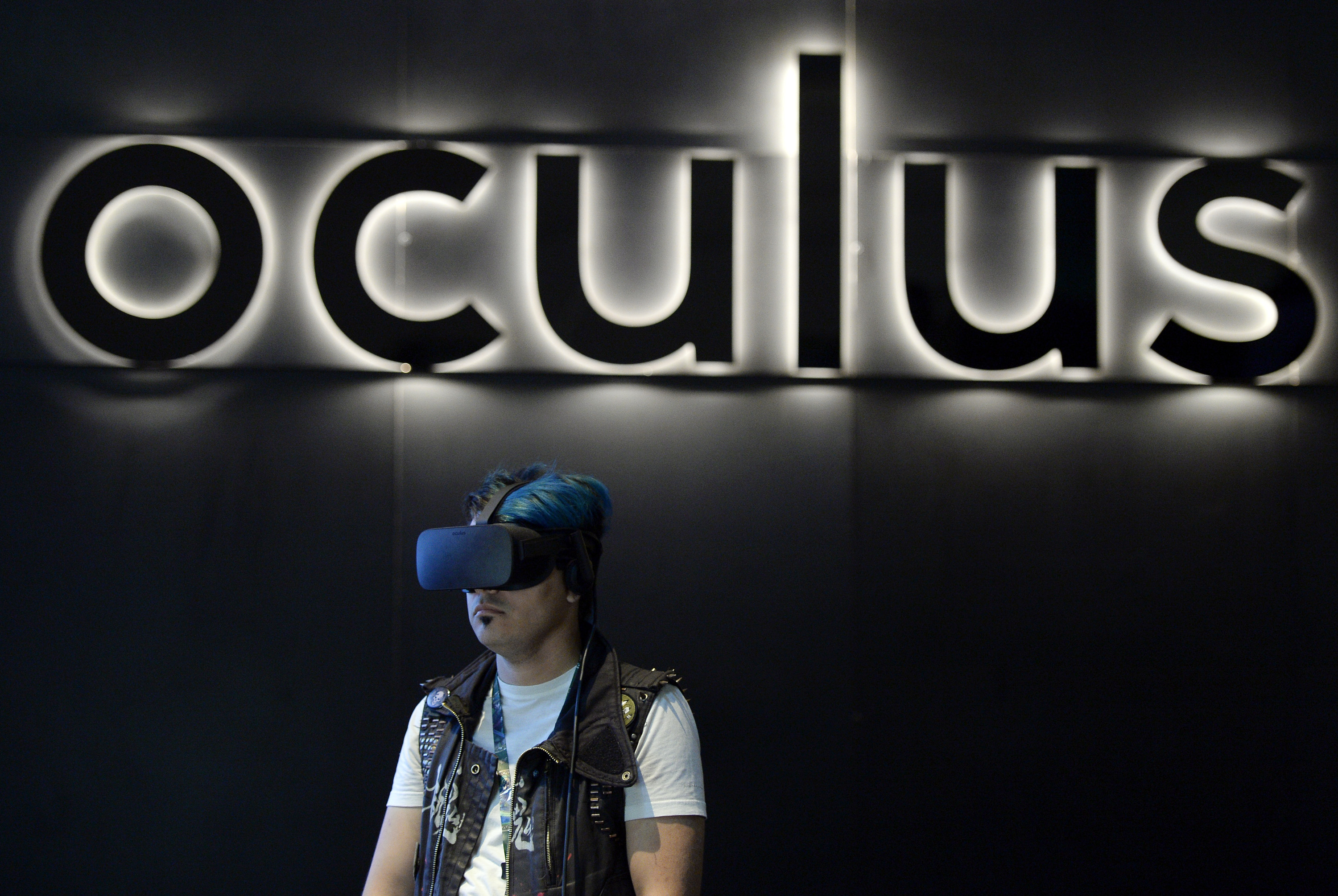 Oculus patch fixes sudden failure of Rift headsets, includes