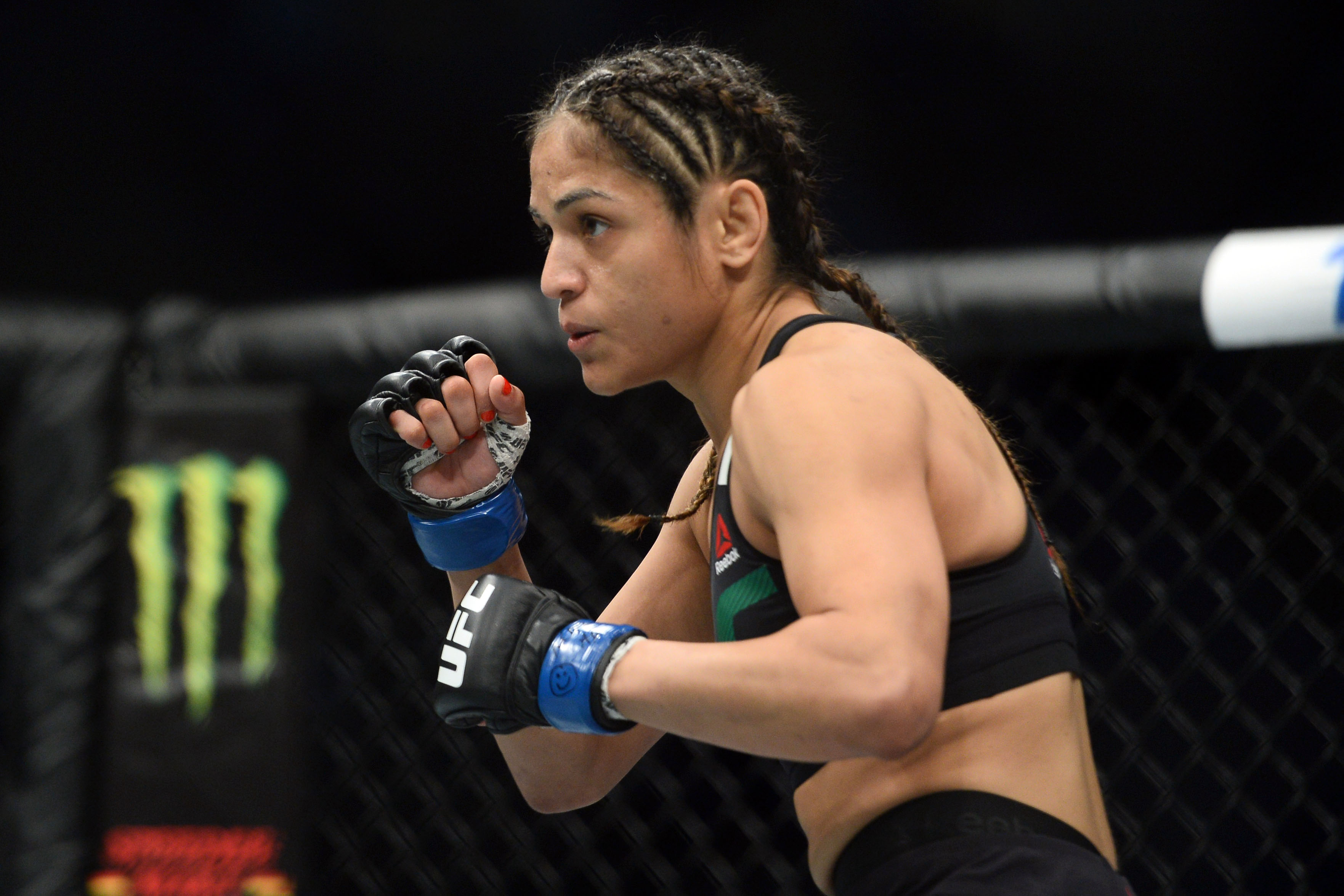 MMA: UFC 209-Cooper vs Calvillo