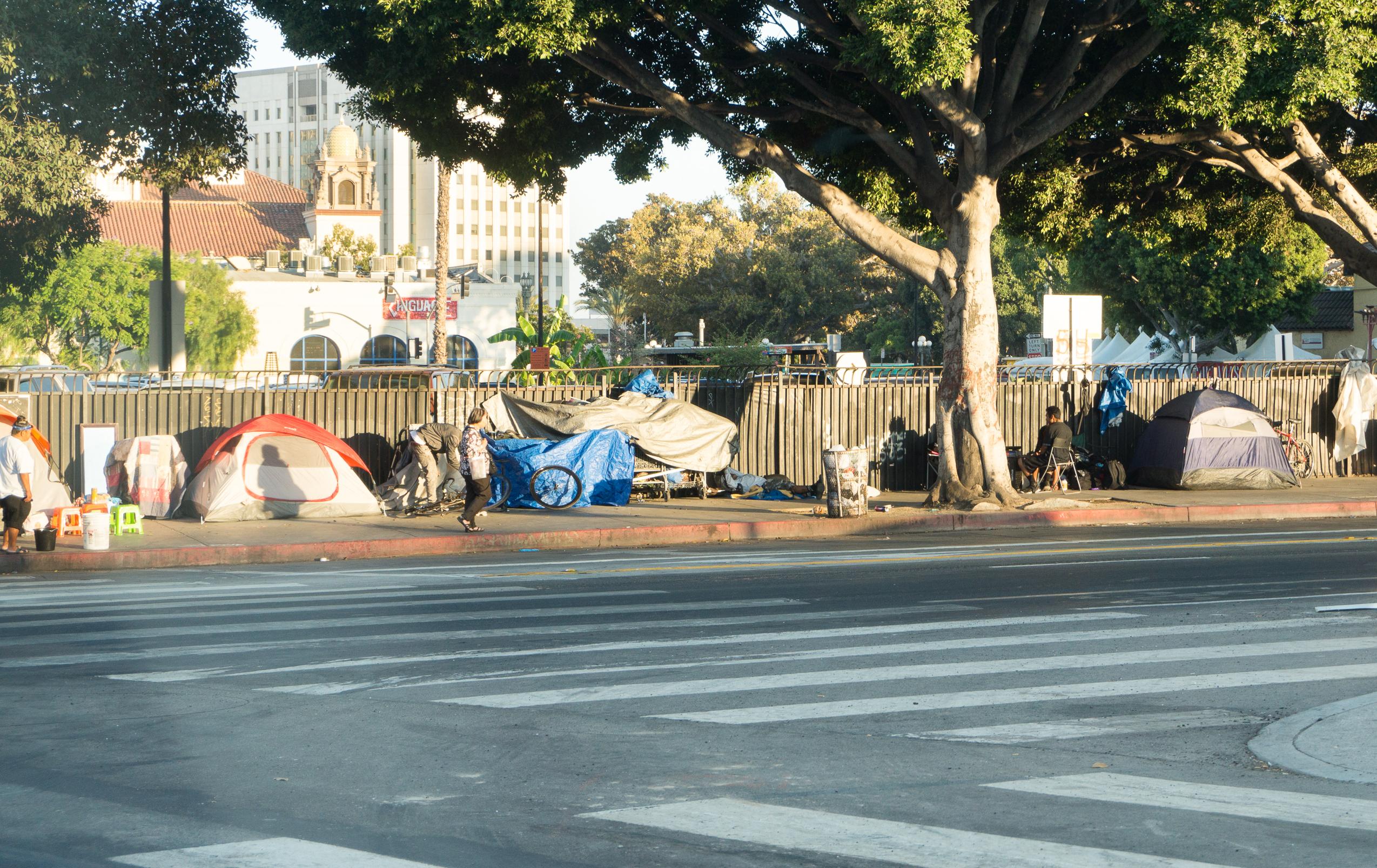 Homeless/El Pueblo