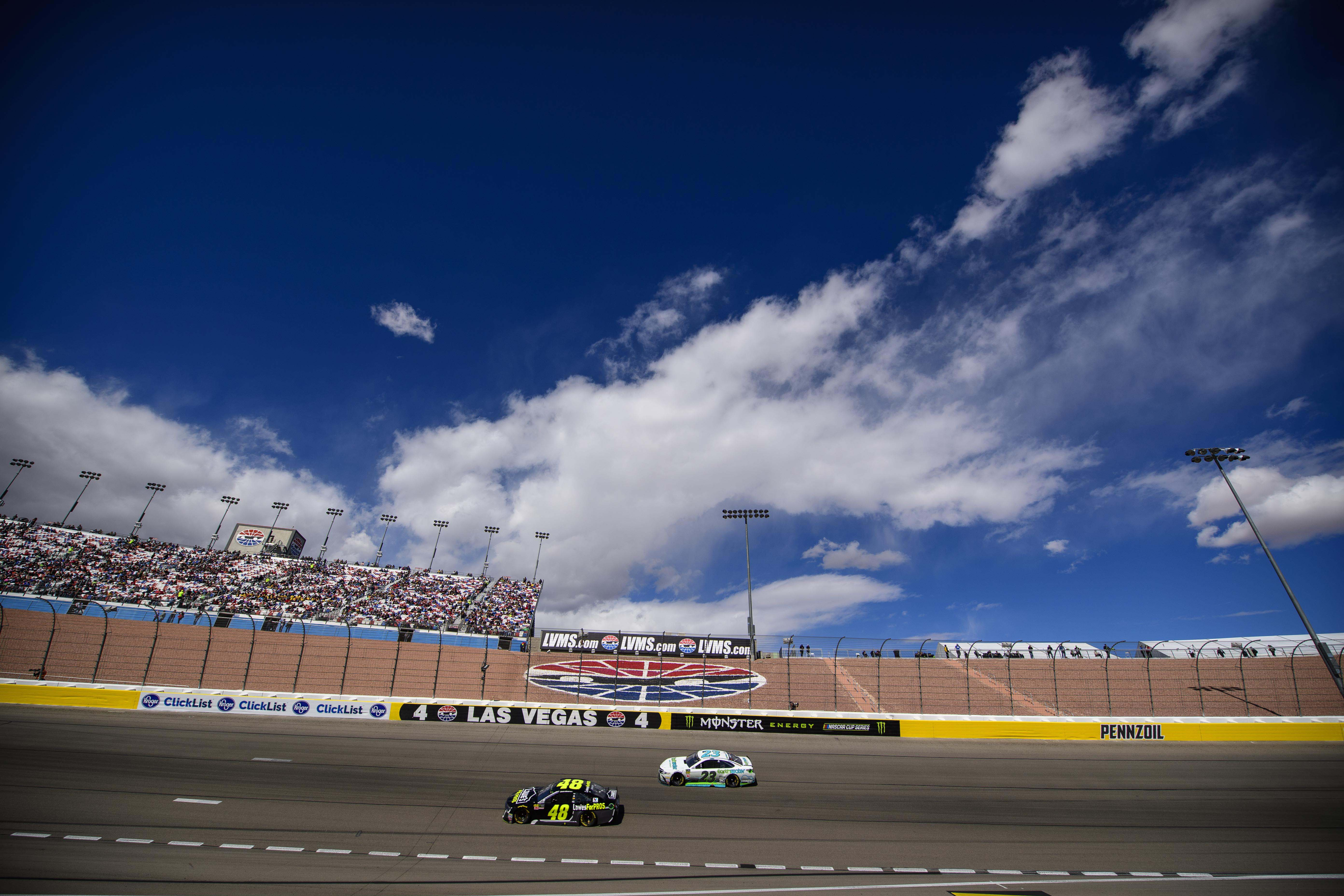 NASCAR: Pennzoil 400 presented by Jiffy Lube