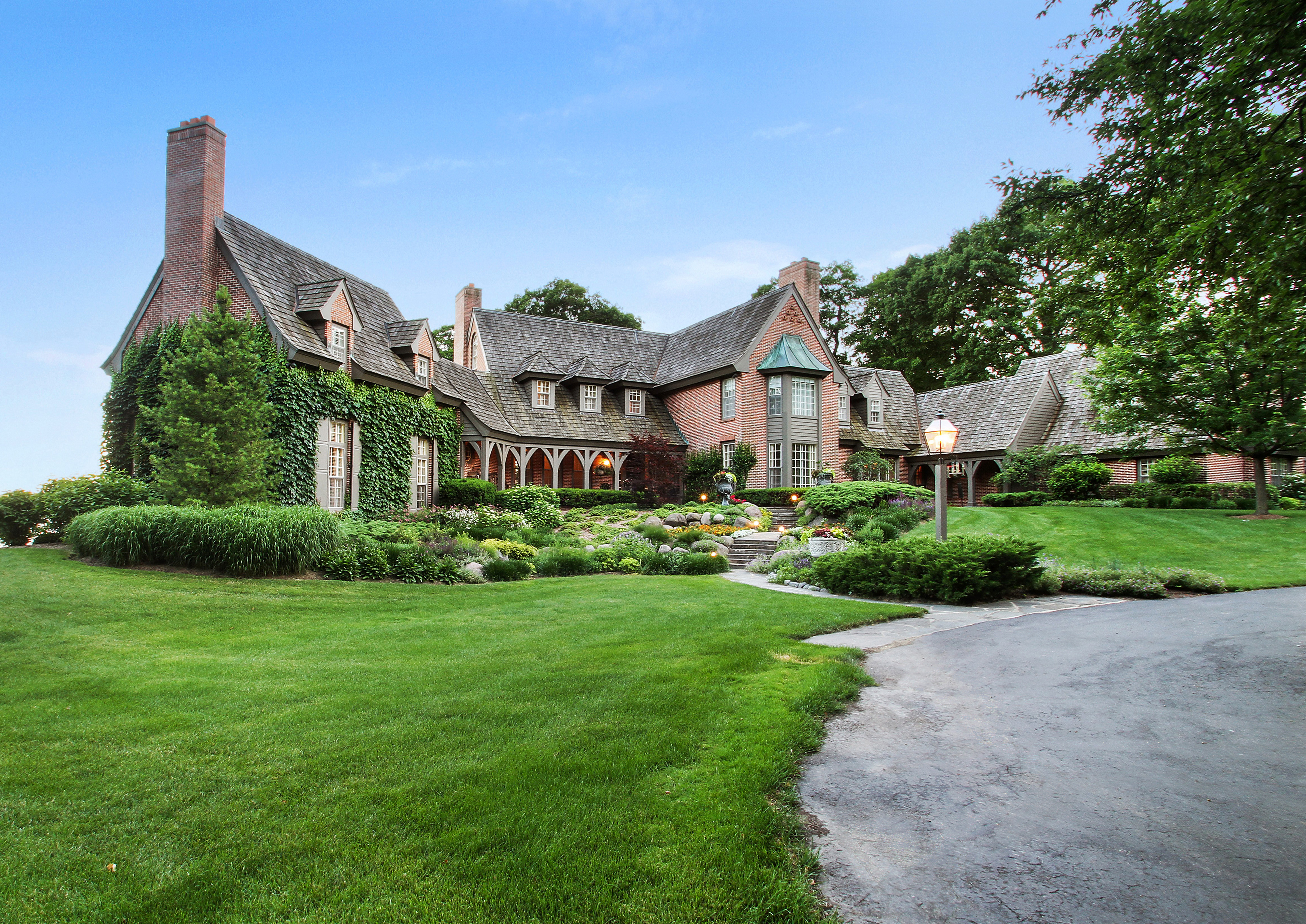 Former Wrigley Estate In Lake Geneva Sells For A Record Setting $11.25M