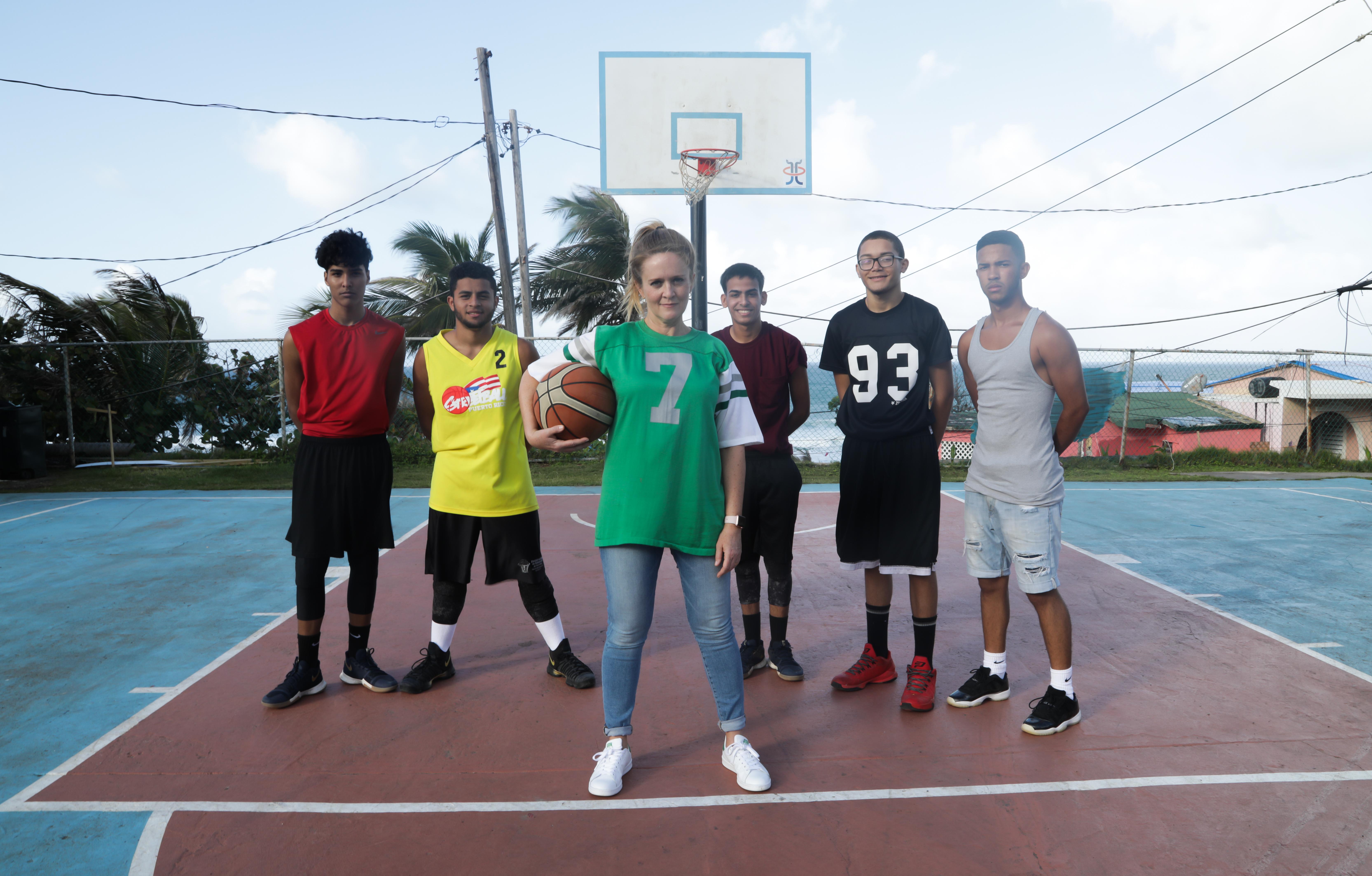 Samantha Bee Moves 'Full Frontal' Charitable T-Shirt Production to Puerto Rico