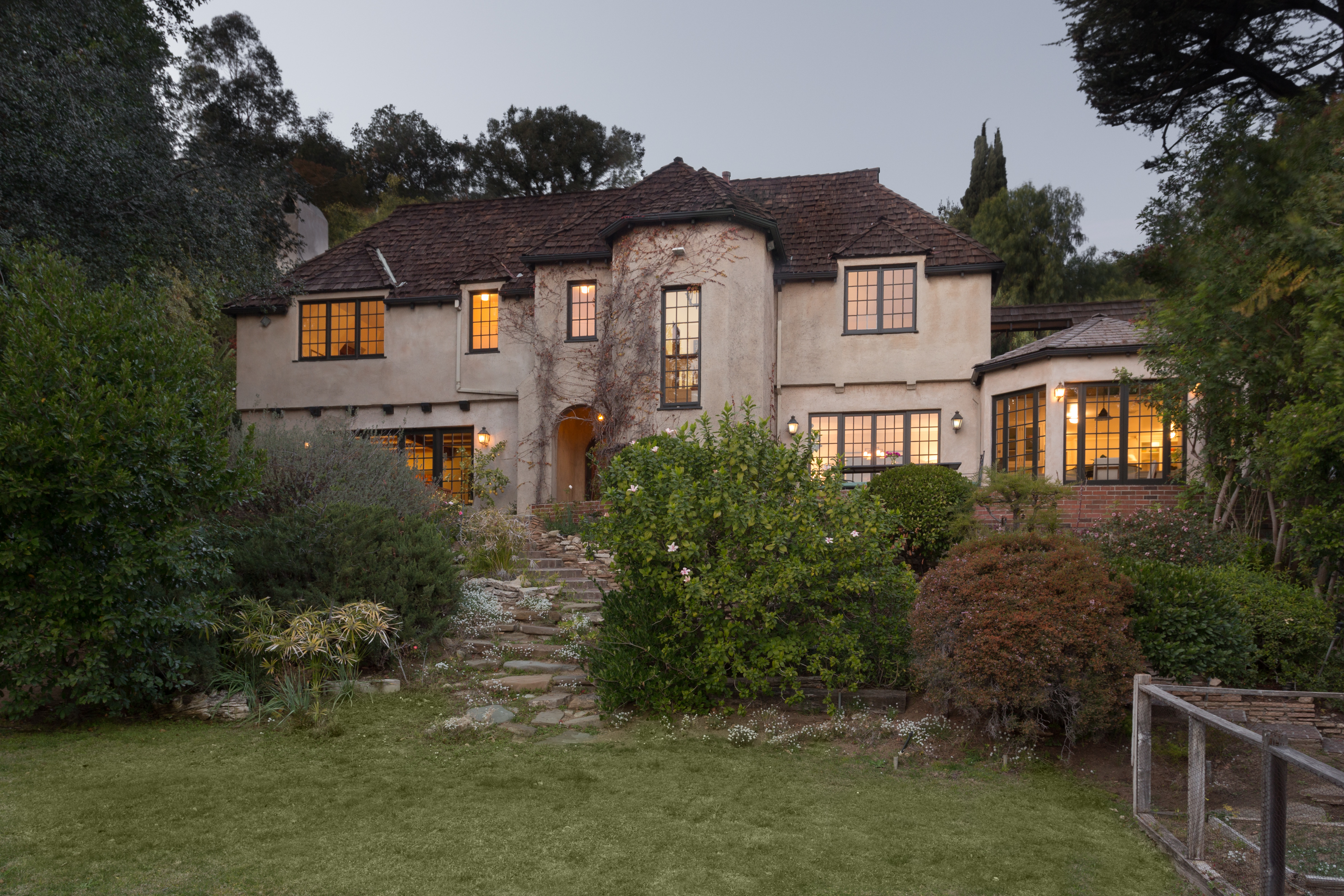 Regal English Manor By Mansion Architect Arthur R Kelly Can Be Yours For 5 5m