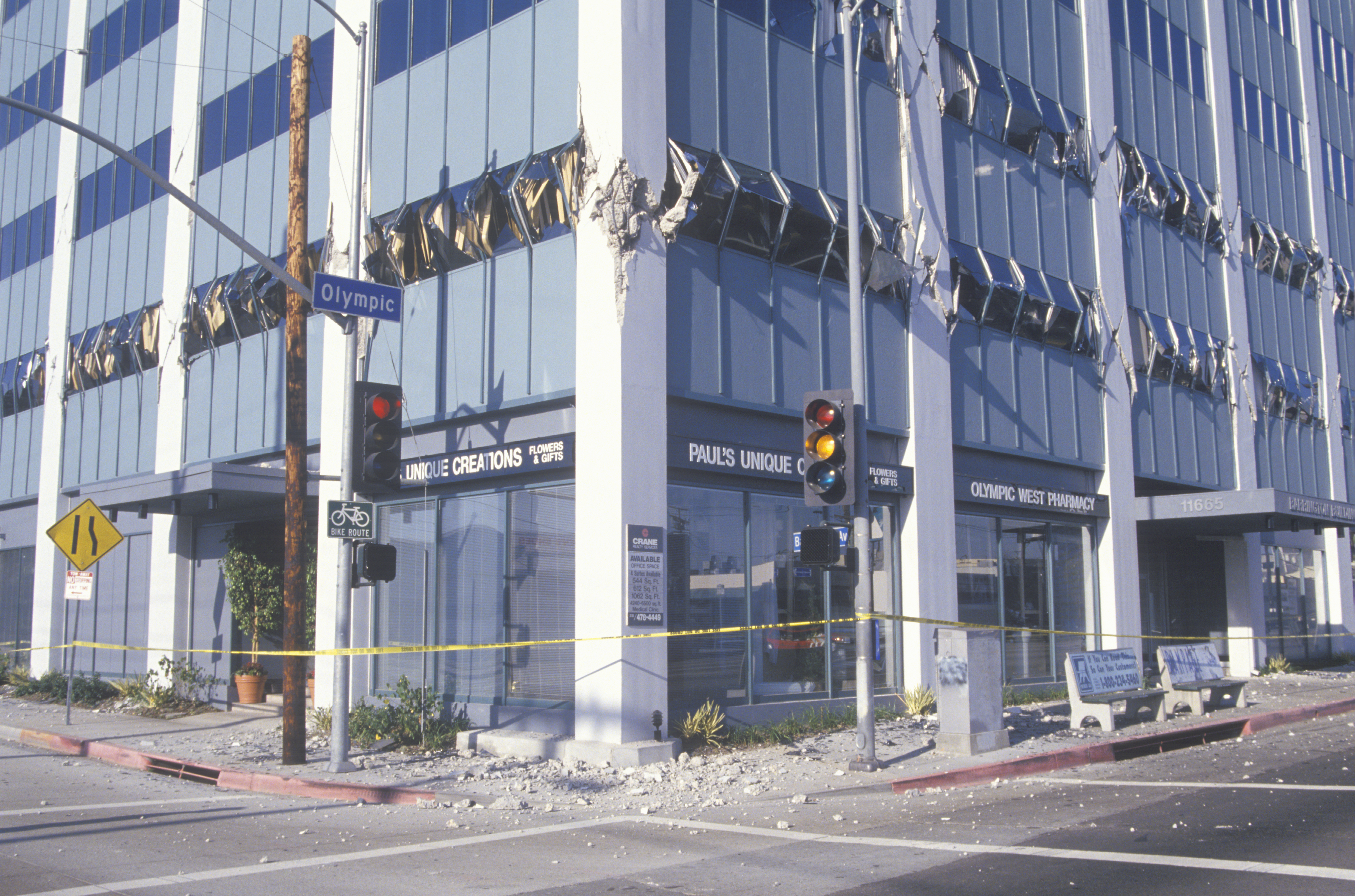 A glass office building with broken windows due to the 1994 Northridge earthquake.