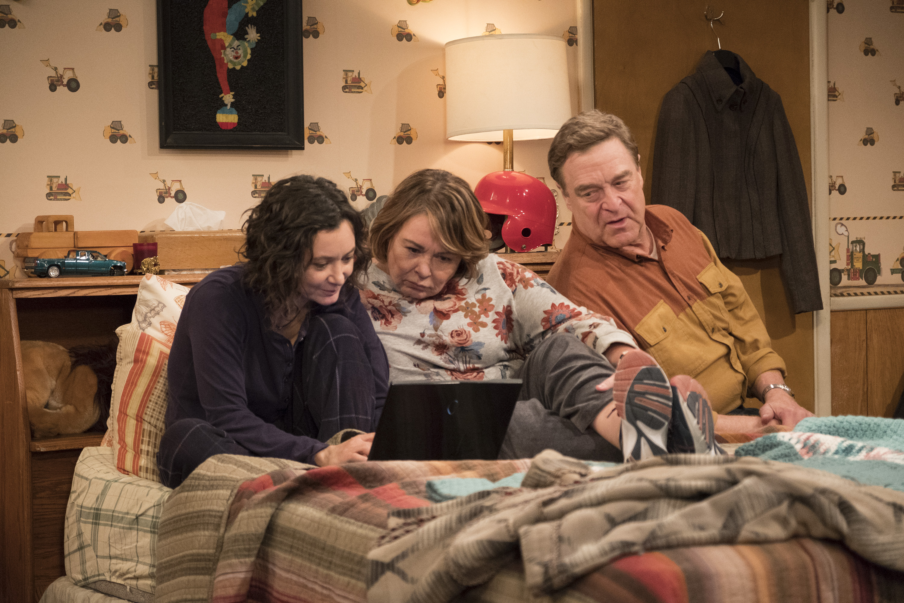 The Roseanne revival, and the argument over how TV depicts Trump supporters, explained