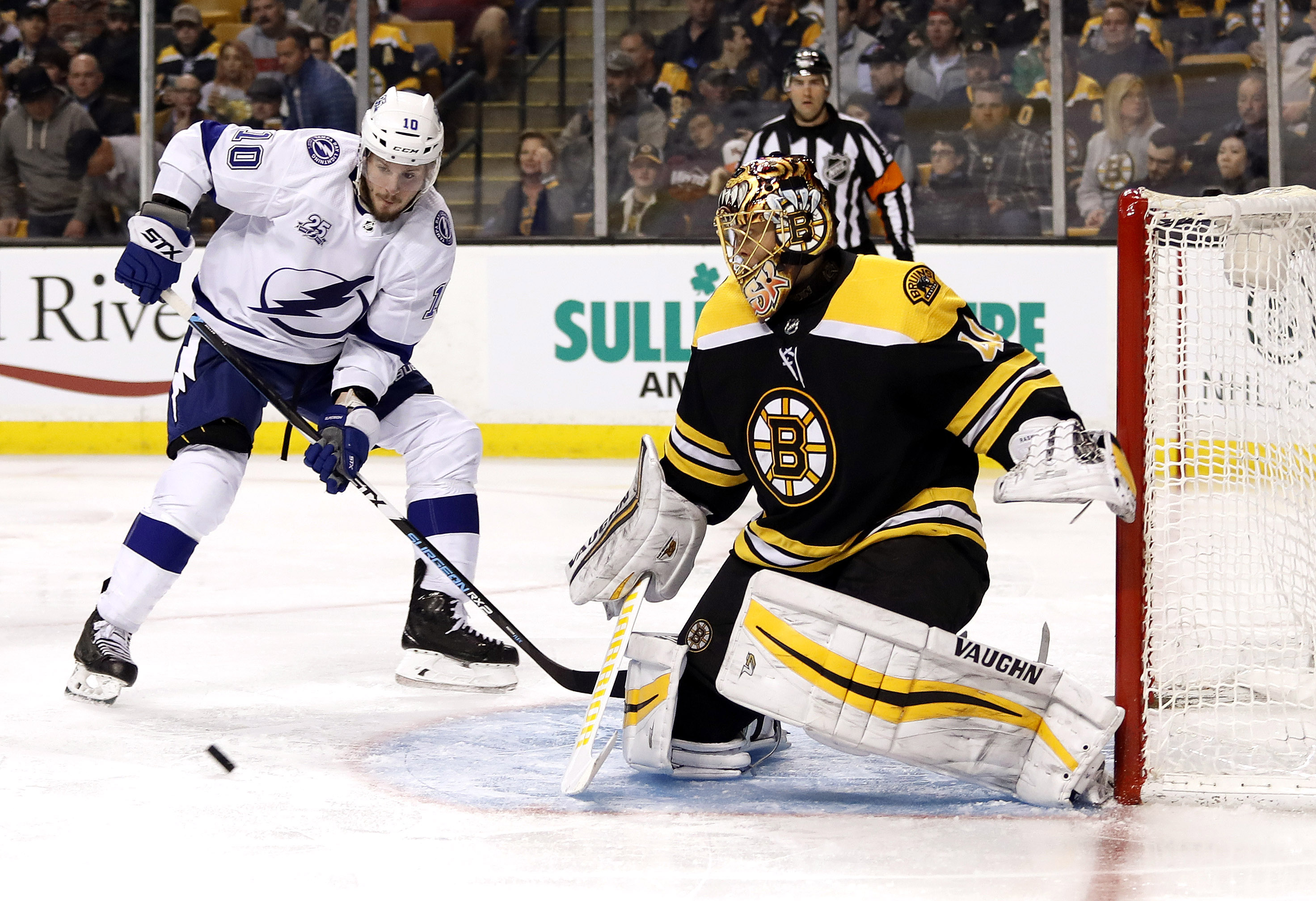 d3e3d8972a7 Bruins vs. Lightning NHL betting preview for key Tuesday clash