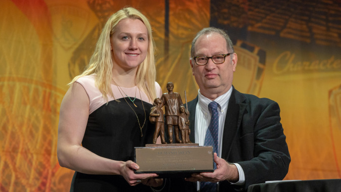 Minnesota Gophers Sidney Peters Wins 2018 Hockey Humanitarian Award