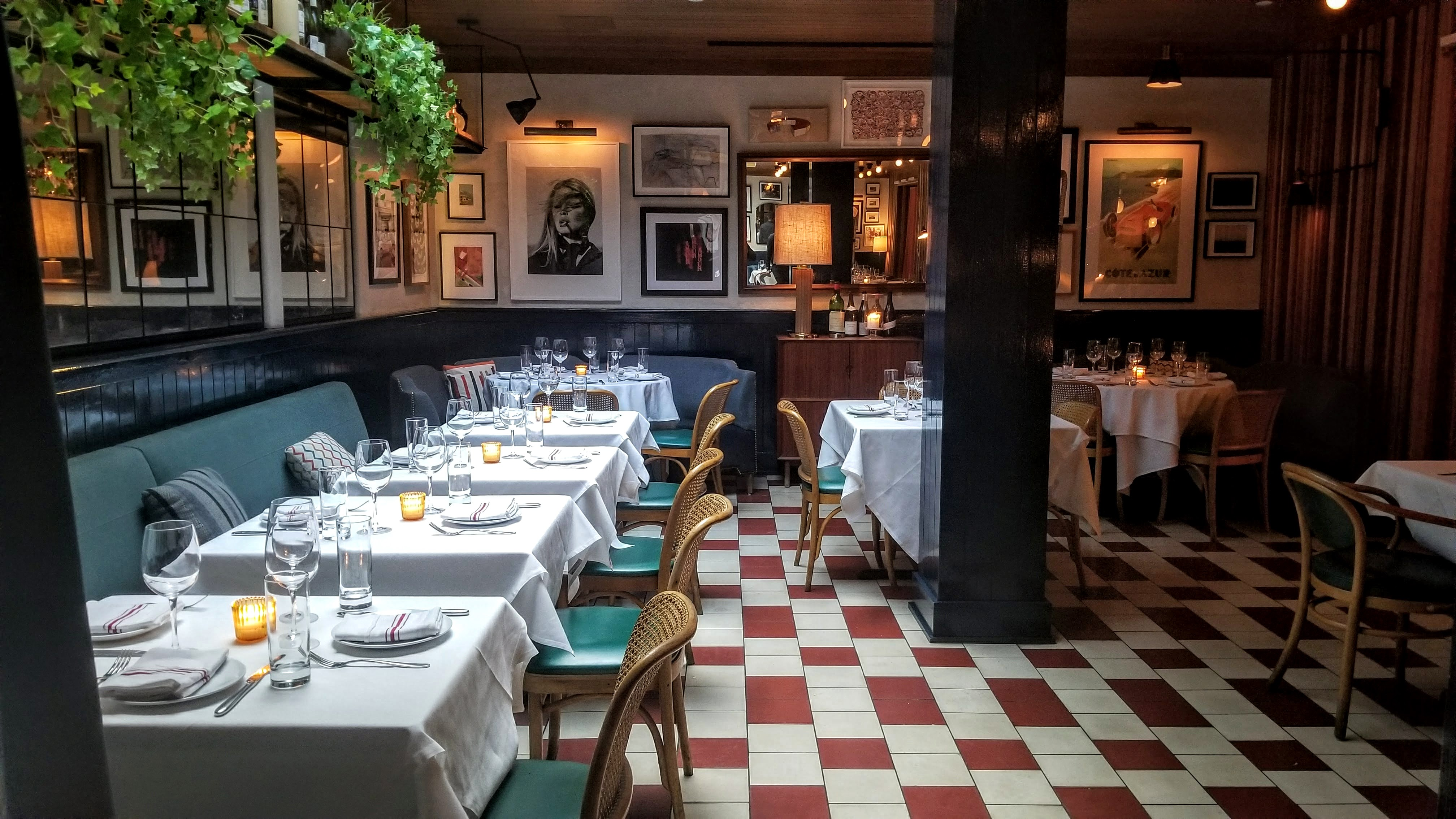 French Bistro From Boulud Alum Slides Into Sixty Soho Hotel E Tonight