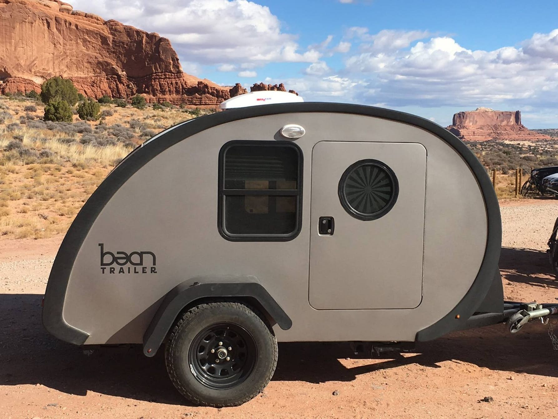 Upscale teardrop trailer is a tiny home on the go - Curbed