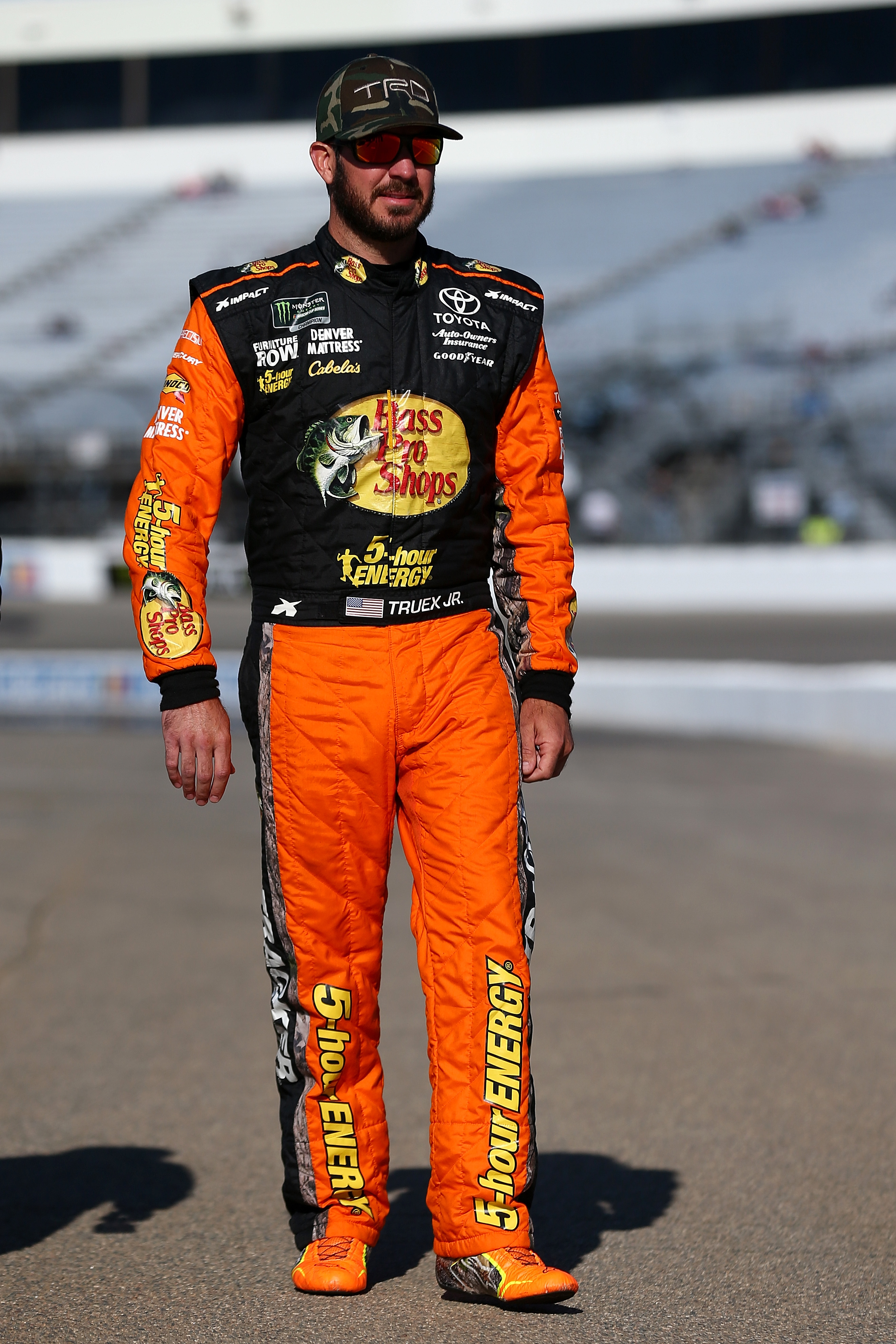 Monster Energy NASCAR Cup Series Toyota Owners 400 - Qualifying