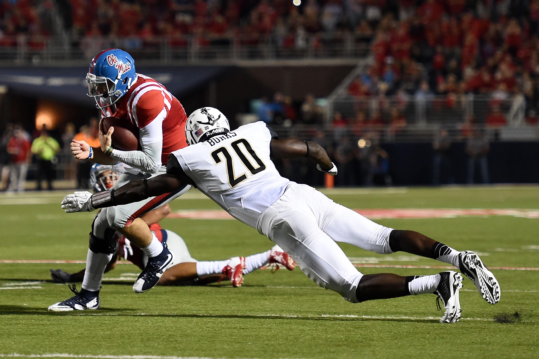 Vanderbilt LB Oren Burks tackles Ole Miss QB Chad Kelly on September 26, 2015