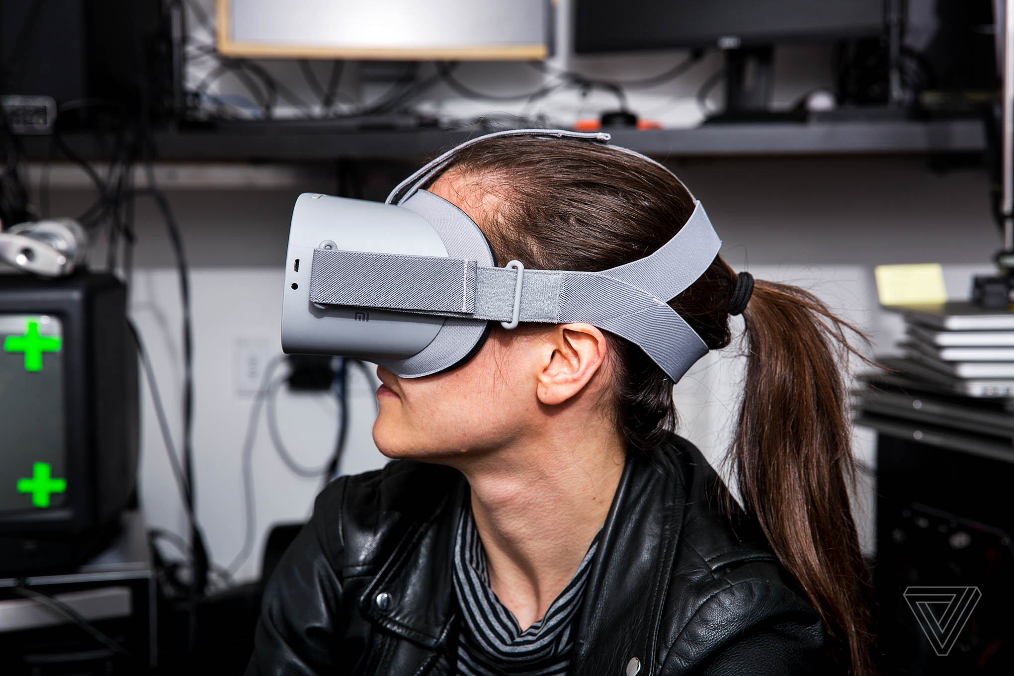 Oculus Go review: mobile VR, minus the phone - The Verge