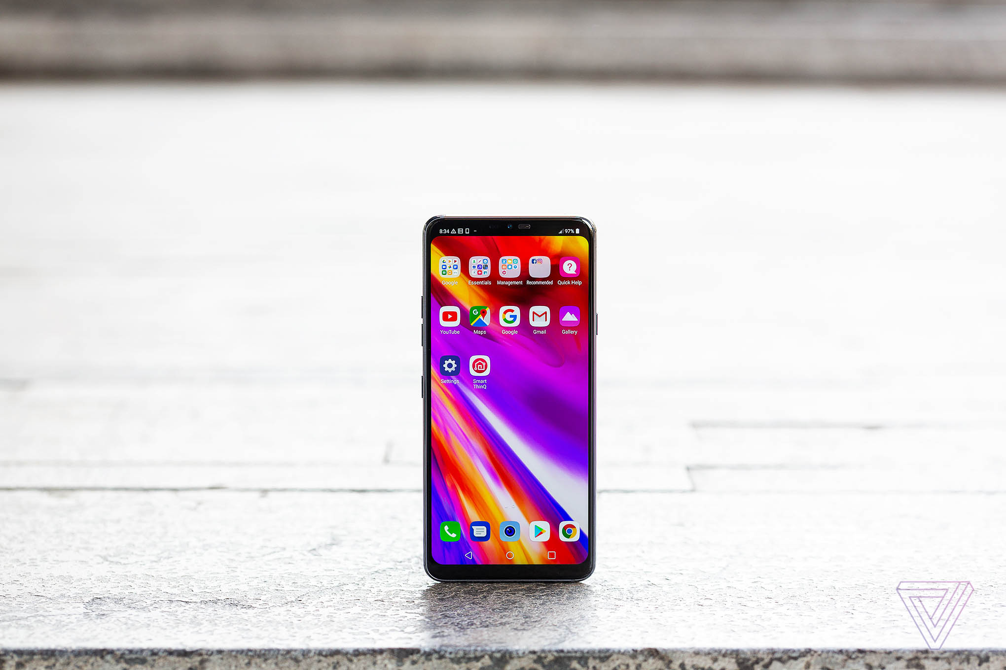 LG's G7 isn't even trying to compete with the best phones - The Verge