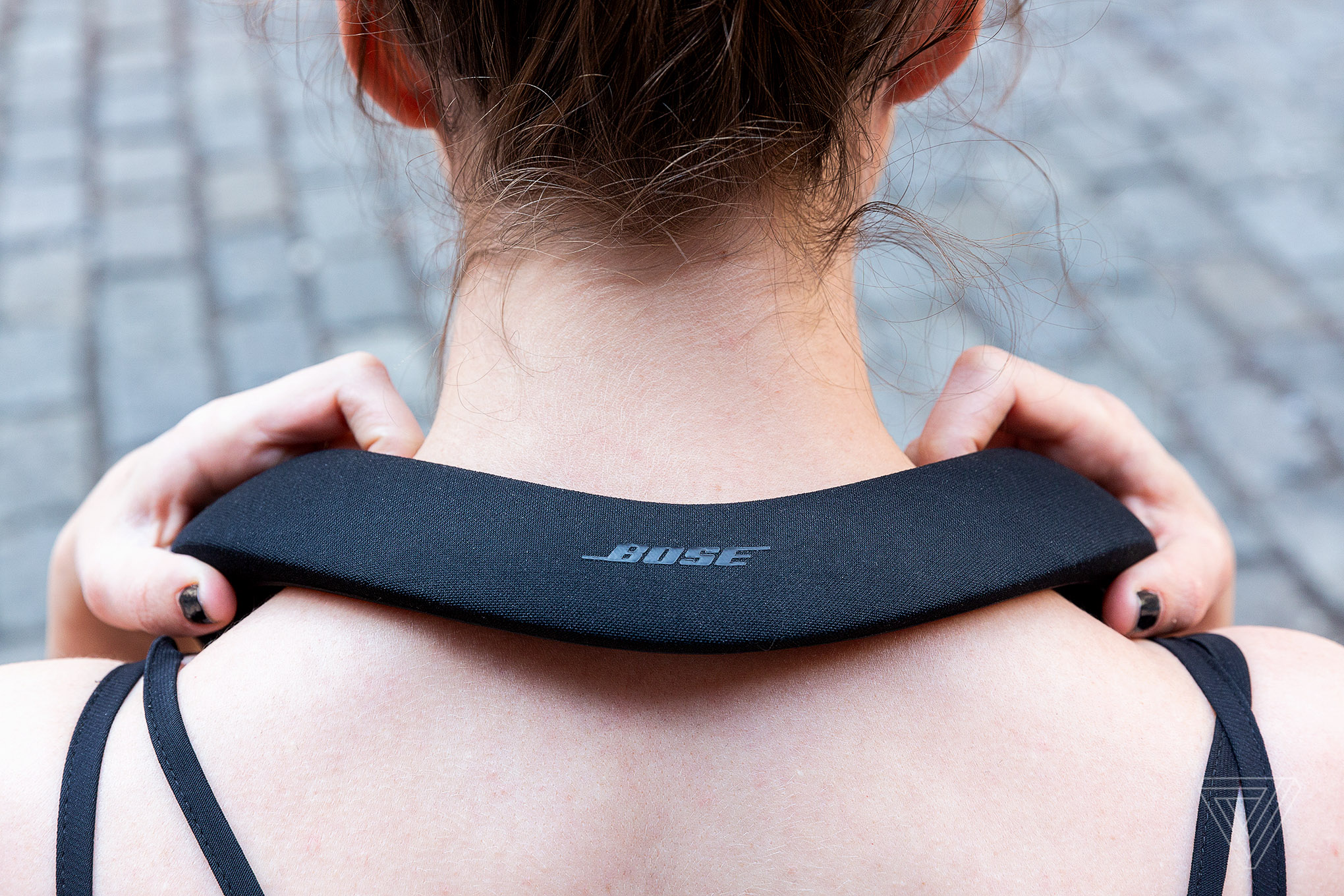 Bose Soundwear Companion Neck Speaker Review The Verge