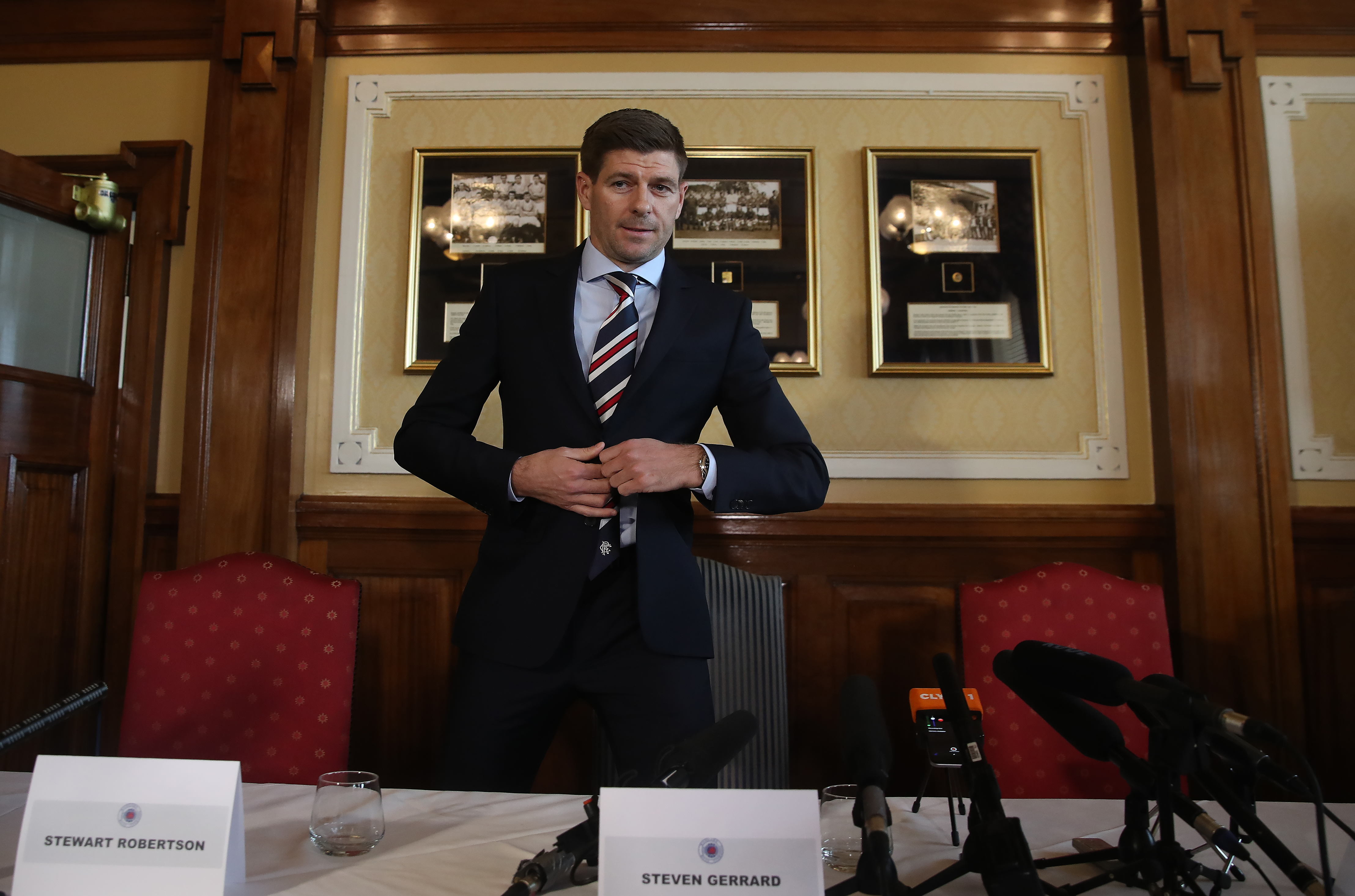 Steven Gerrard is Unveiled as the New Manager at Rangers