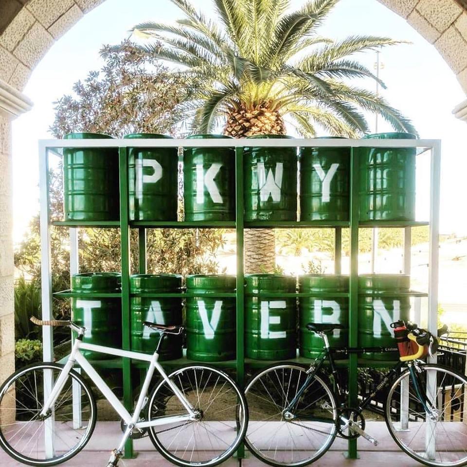 Pkwy Tavern