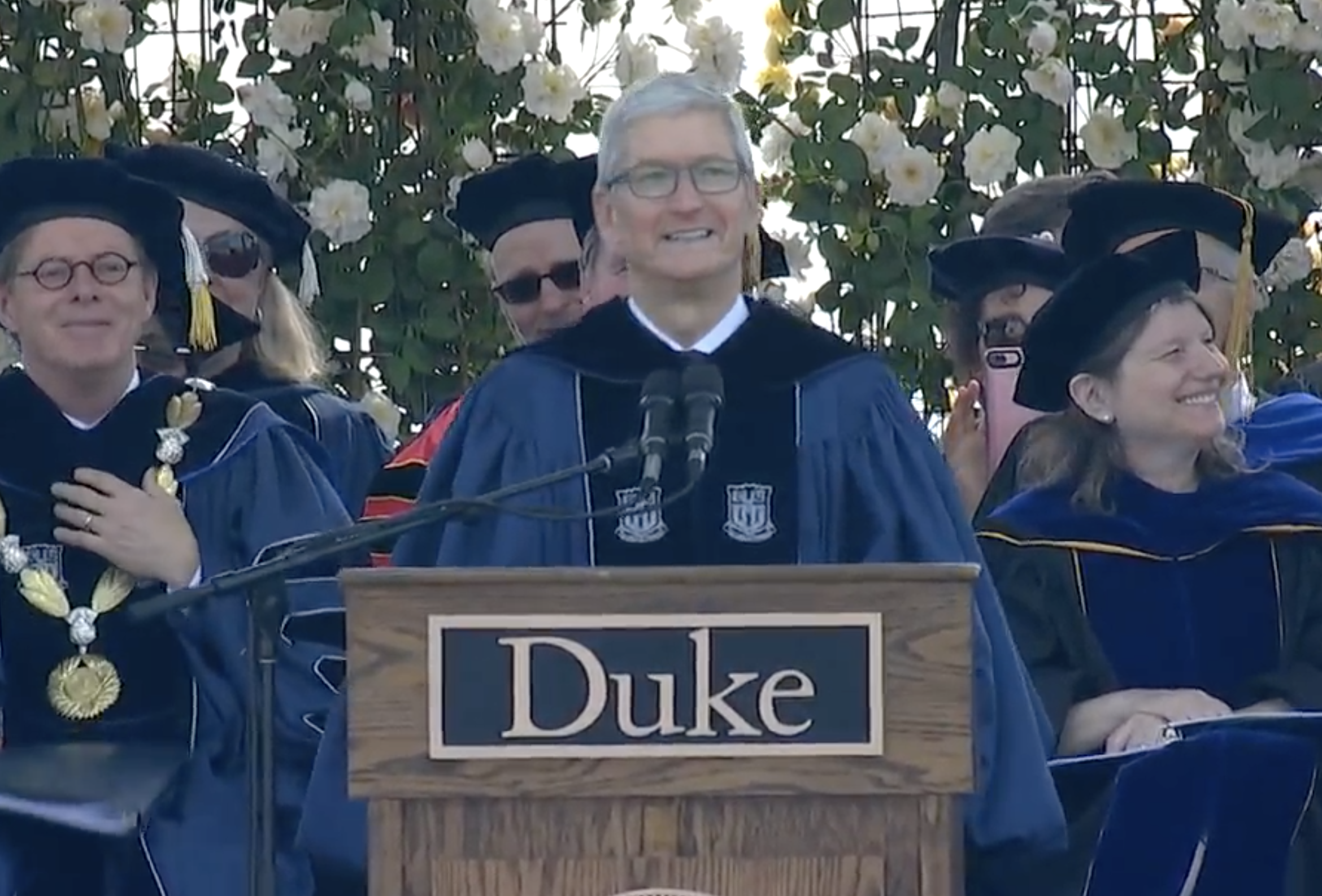 Apple CEO Tim Cook behind the podium at the Duke graduation