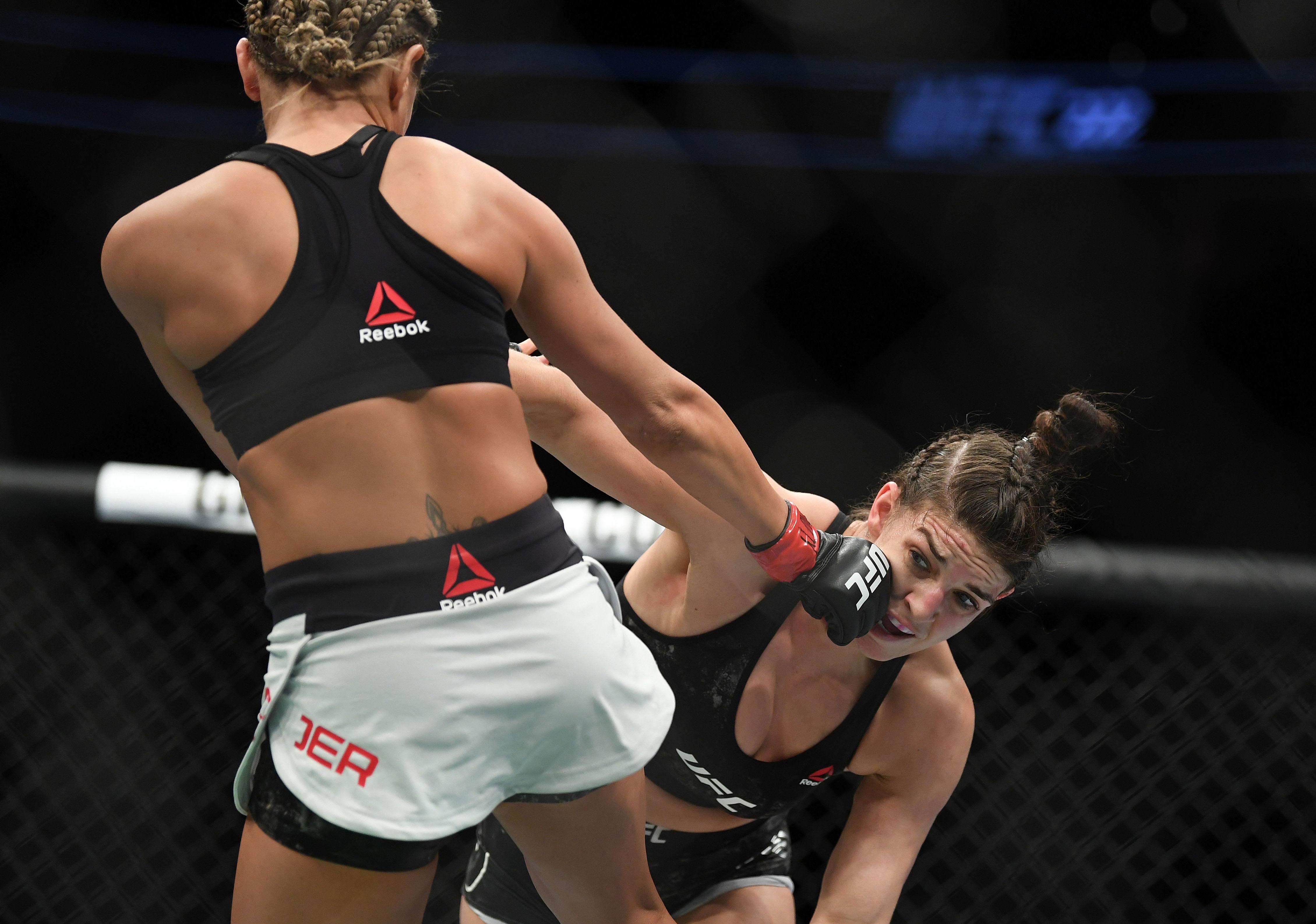MMA: UFC 222-Yoder vs Dern