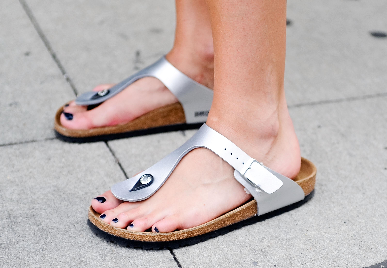 39d10355e75 Ugly Sandal Trend: How Birkenstocks and Tevas Became Cool - Vox