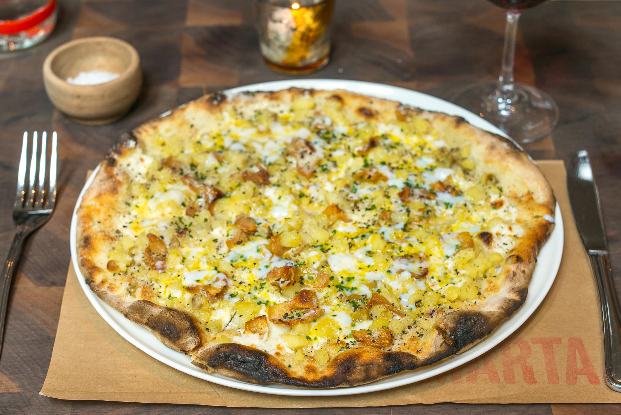 Carbonara pizza at Marta