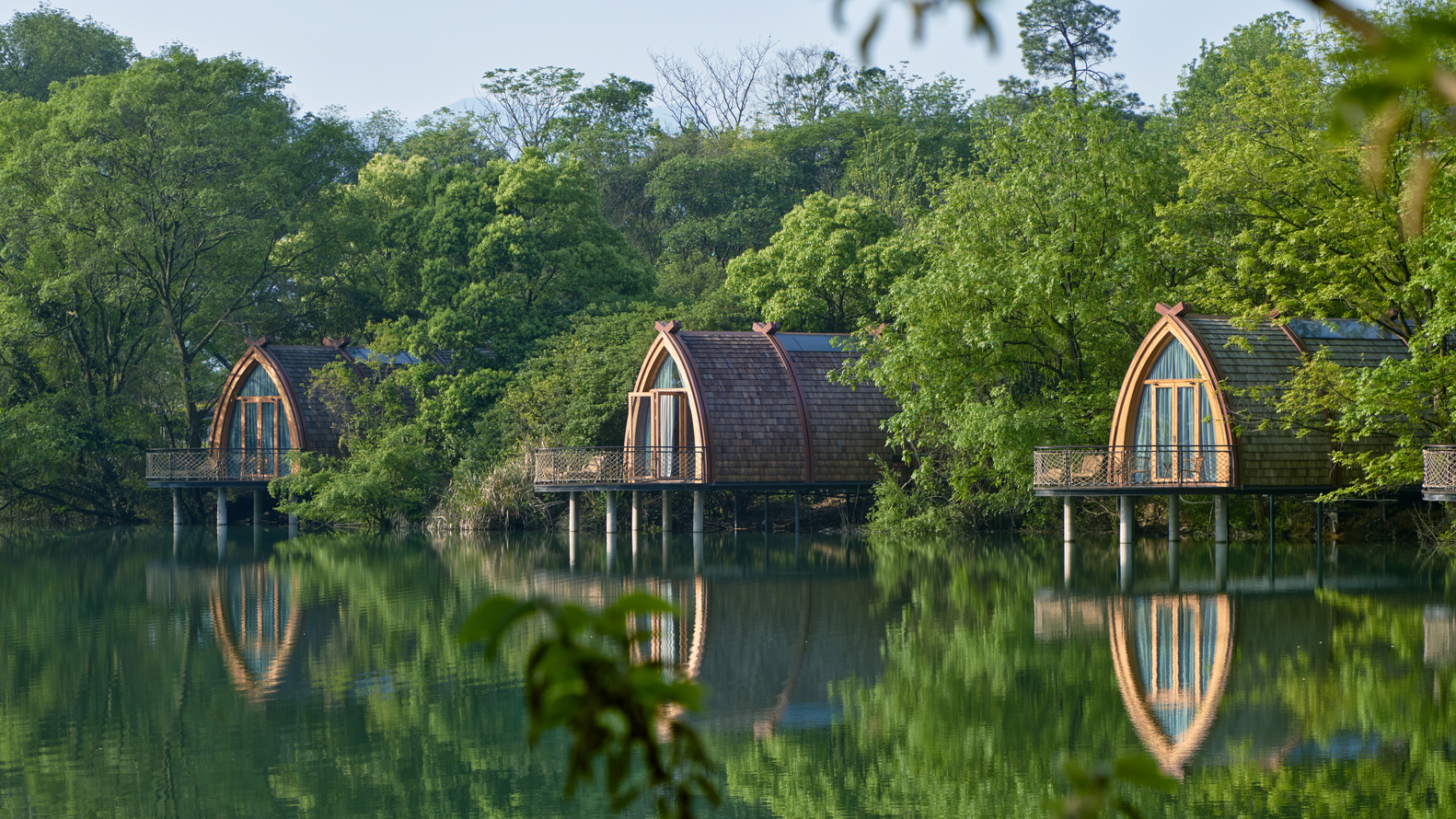 These prefab 'boat rooms' are the ultimate aquatic retreat