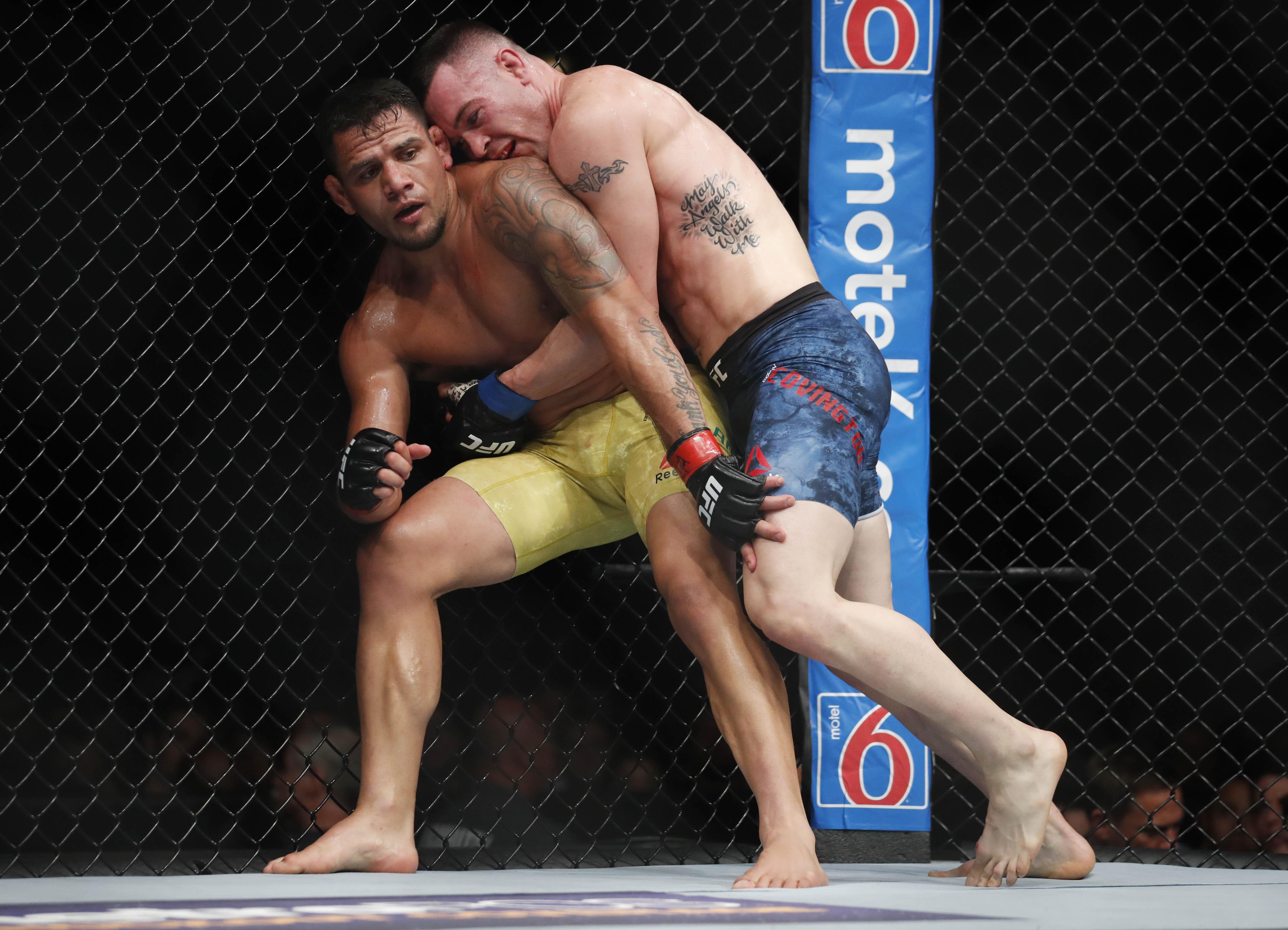 MMA: UFC 225-Dos Anjos vs Covington
