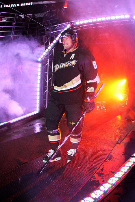 Little known fact, this is how Selanne enters Honda Center every day