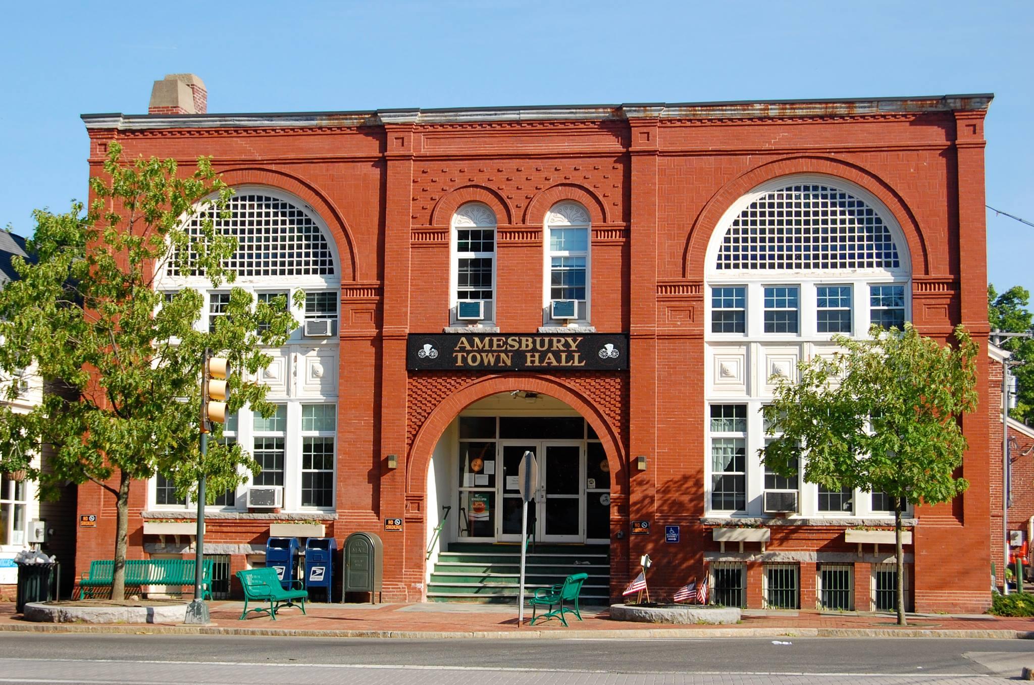 amesbury massachusetts town hall