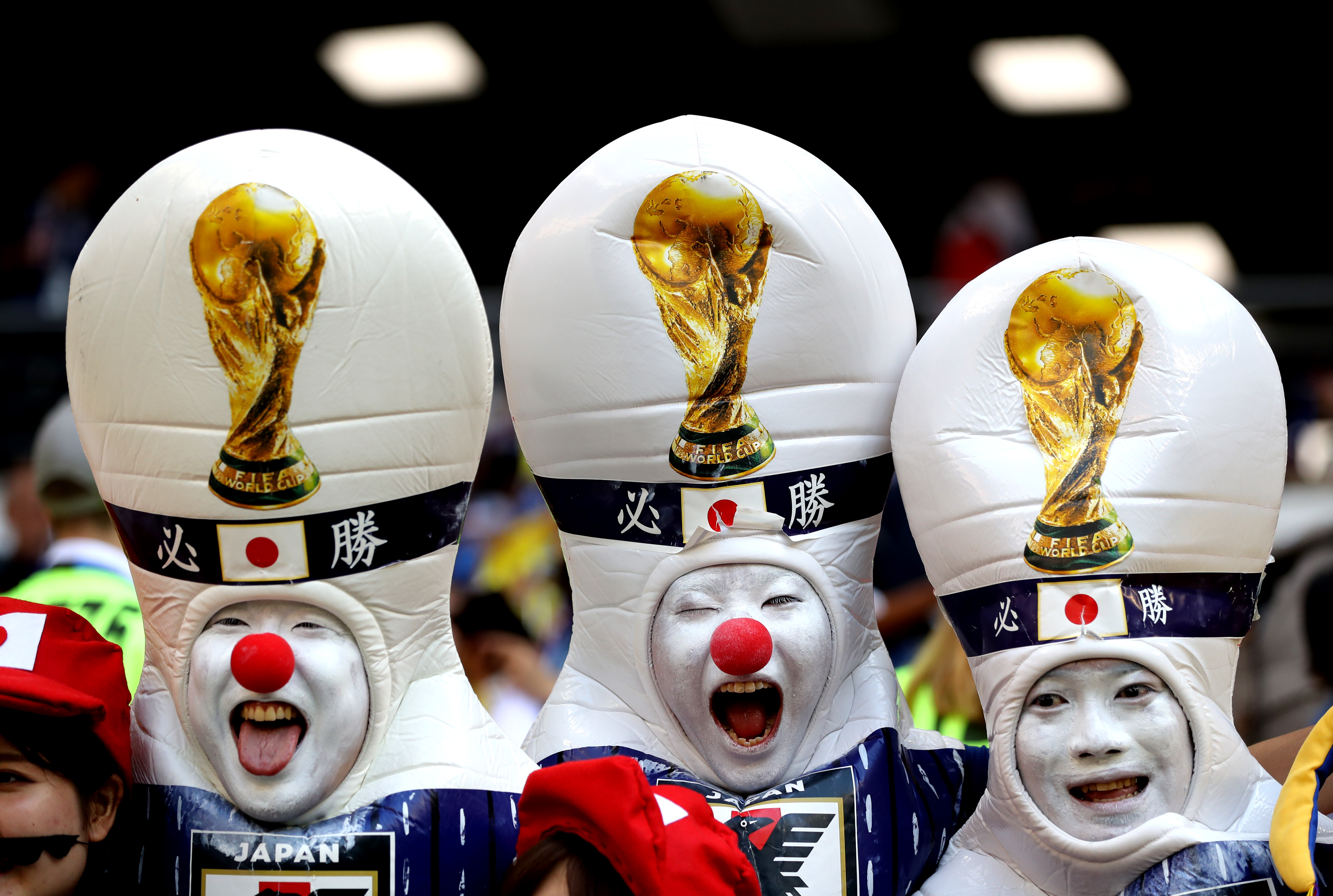Japanese World Cup Fans Cleaned Up The Stadium After They