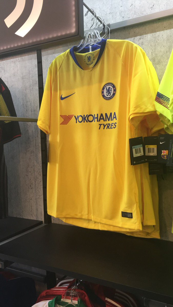 49928d120 New Nike 2018-19 Chelsea away kit spotted in the wild
