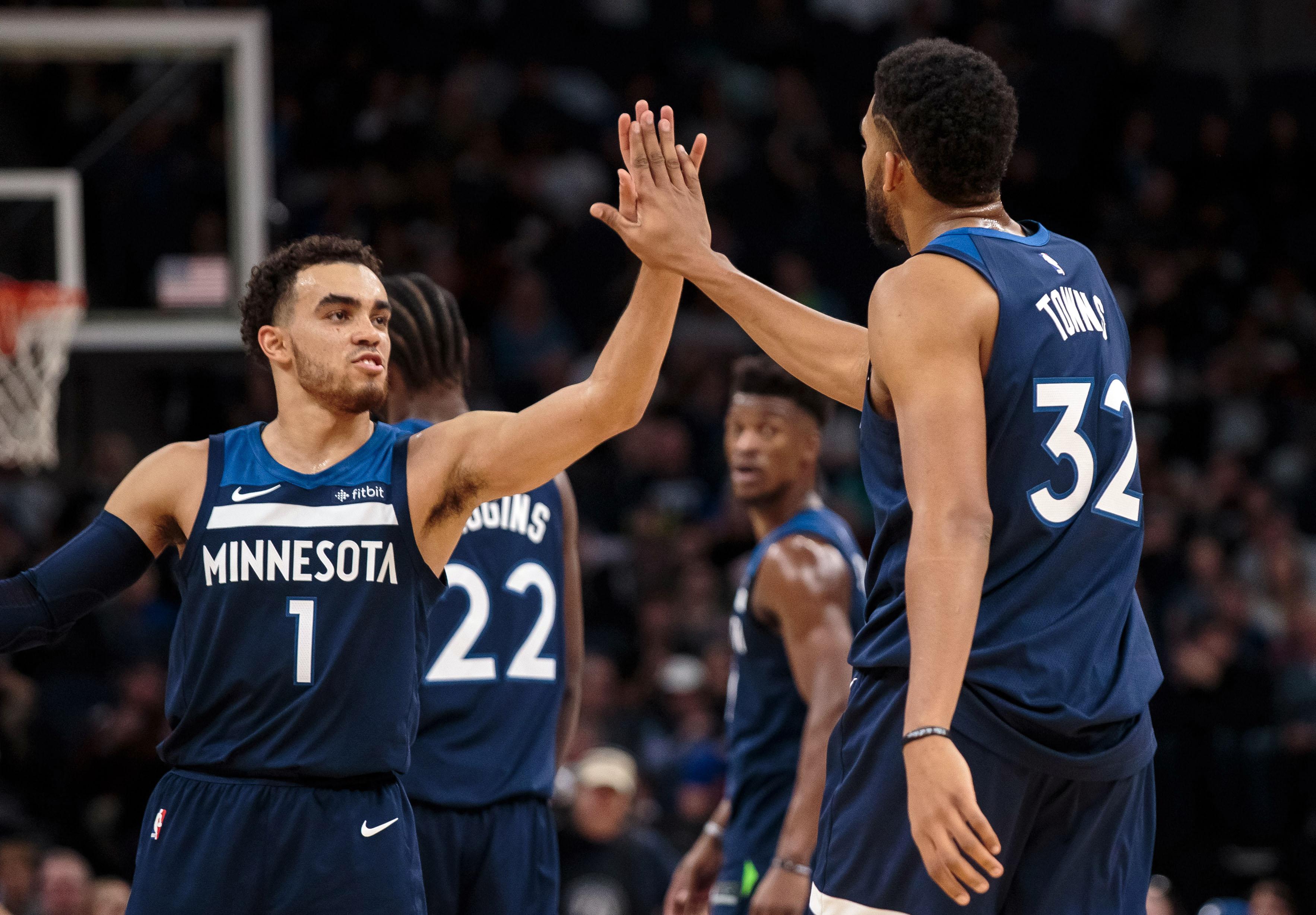 NBA: Phoenix Suns at Minnesota Timberwolves
