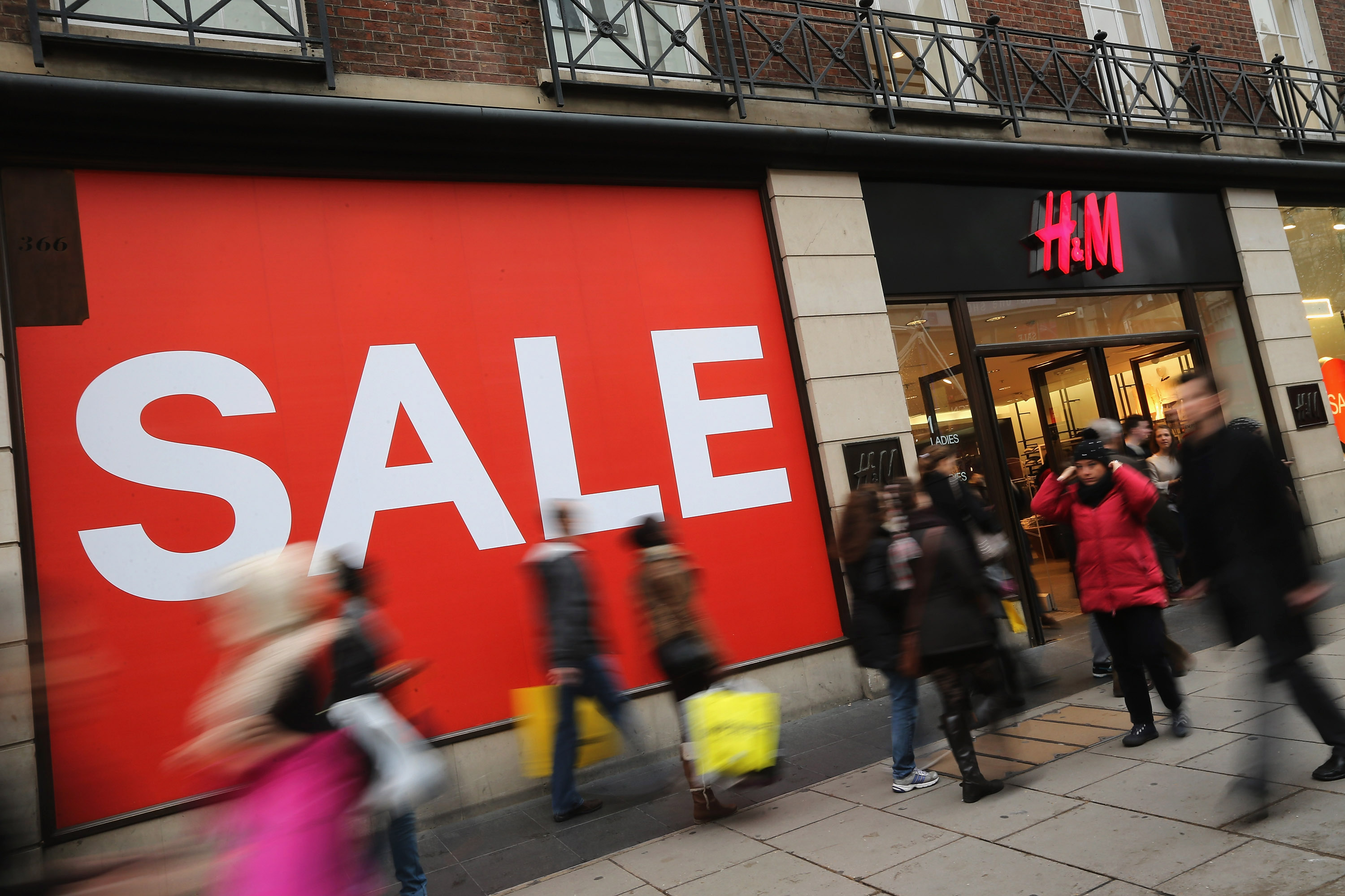 Sale sign outside H&M