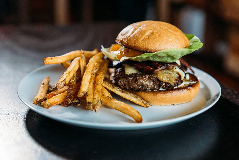 Vino Vino's burger