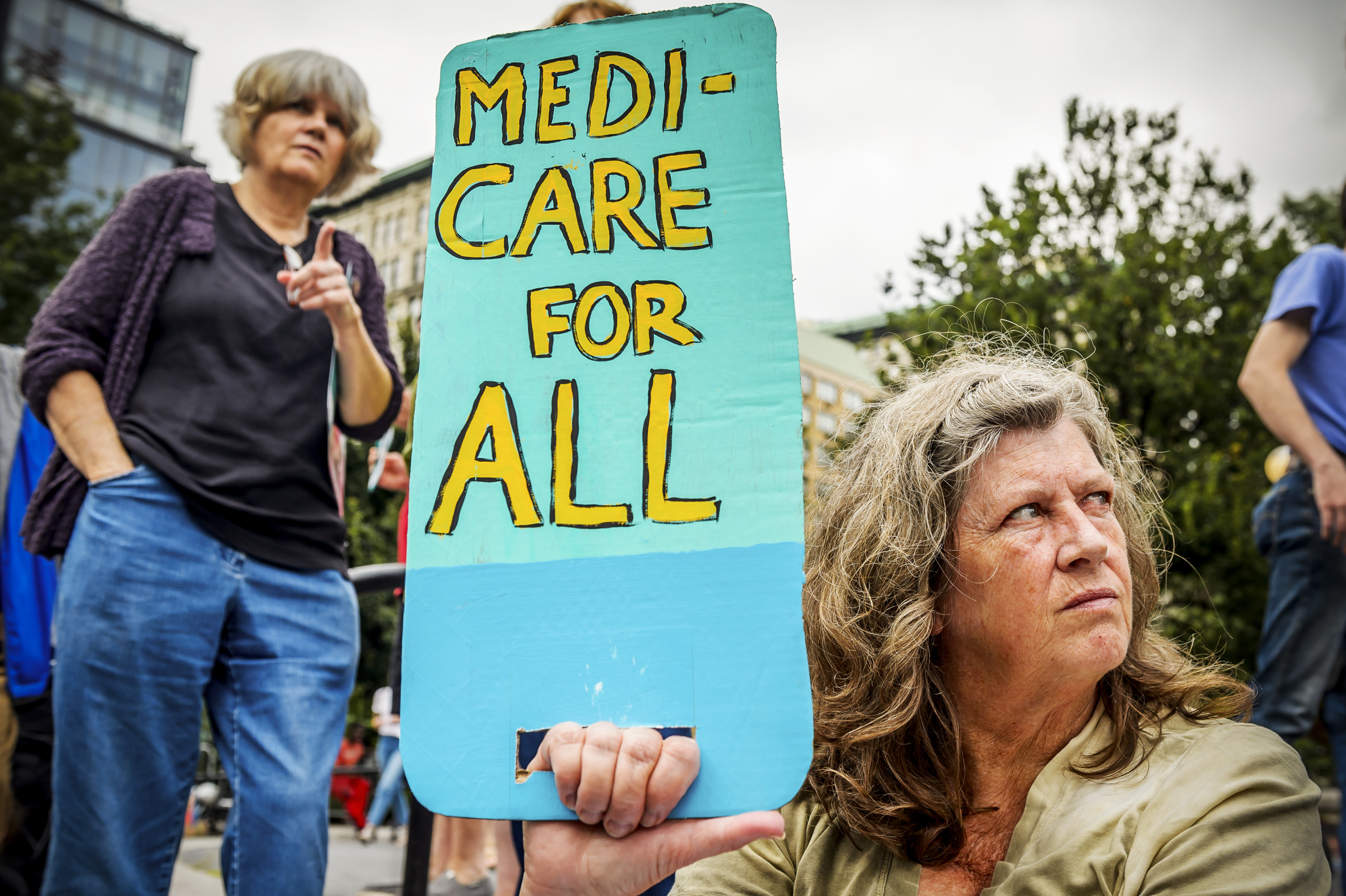 Hundreds of New Yorkers joined a grassroots alliance of health care advocates in a rally on the steps of Union Square to demand Medicare for All.