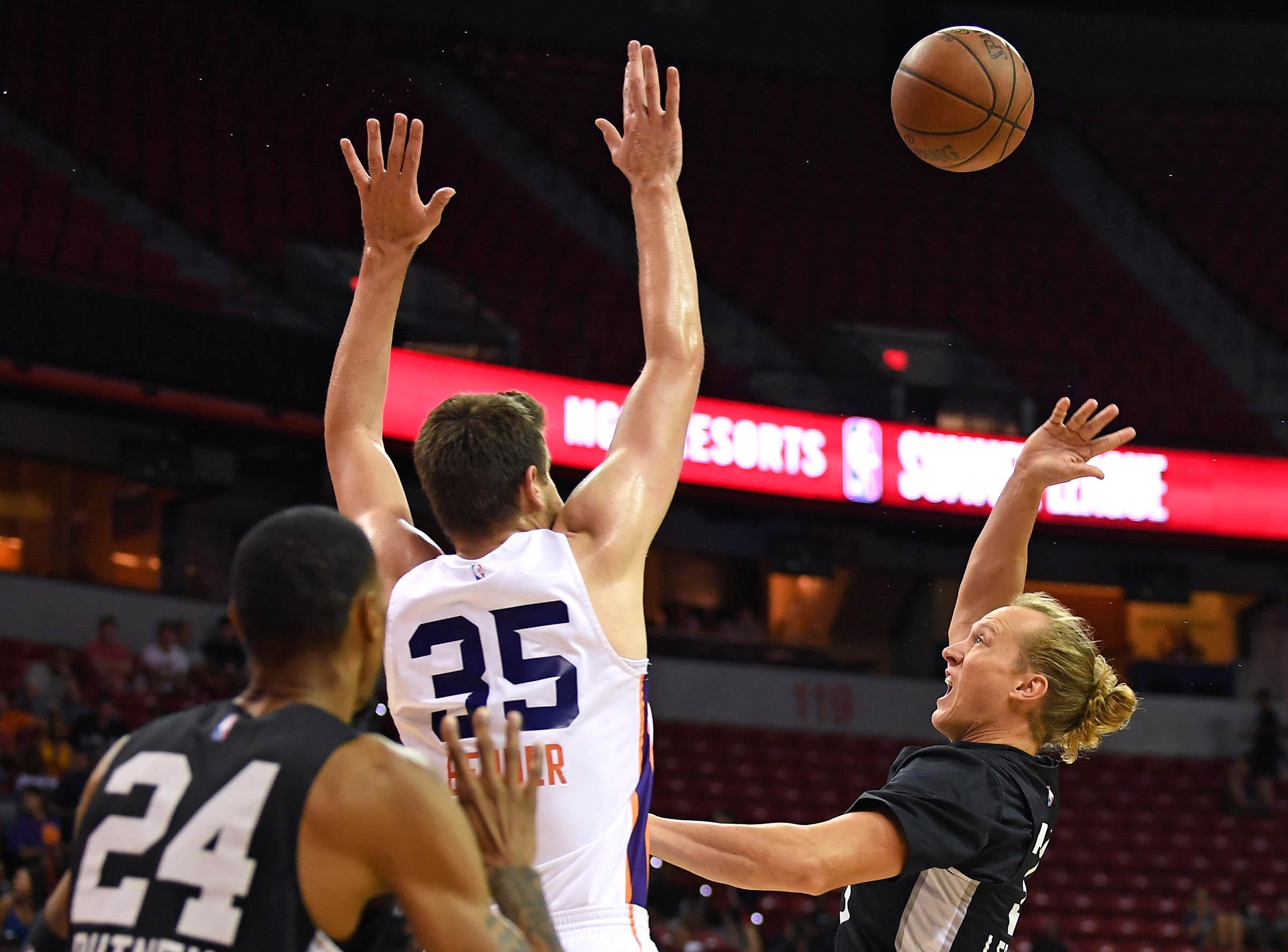 NBA: Summer League-San Antonio Spurs at Phoenix Suns