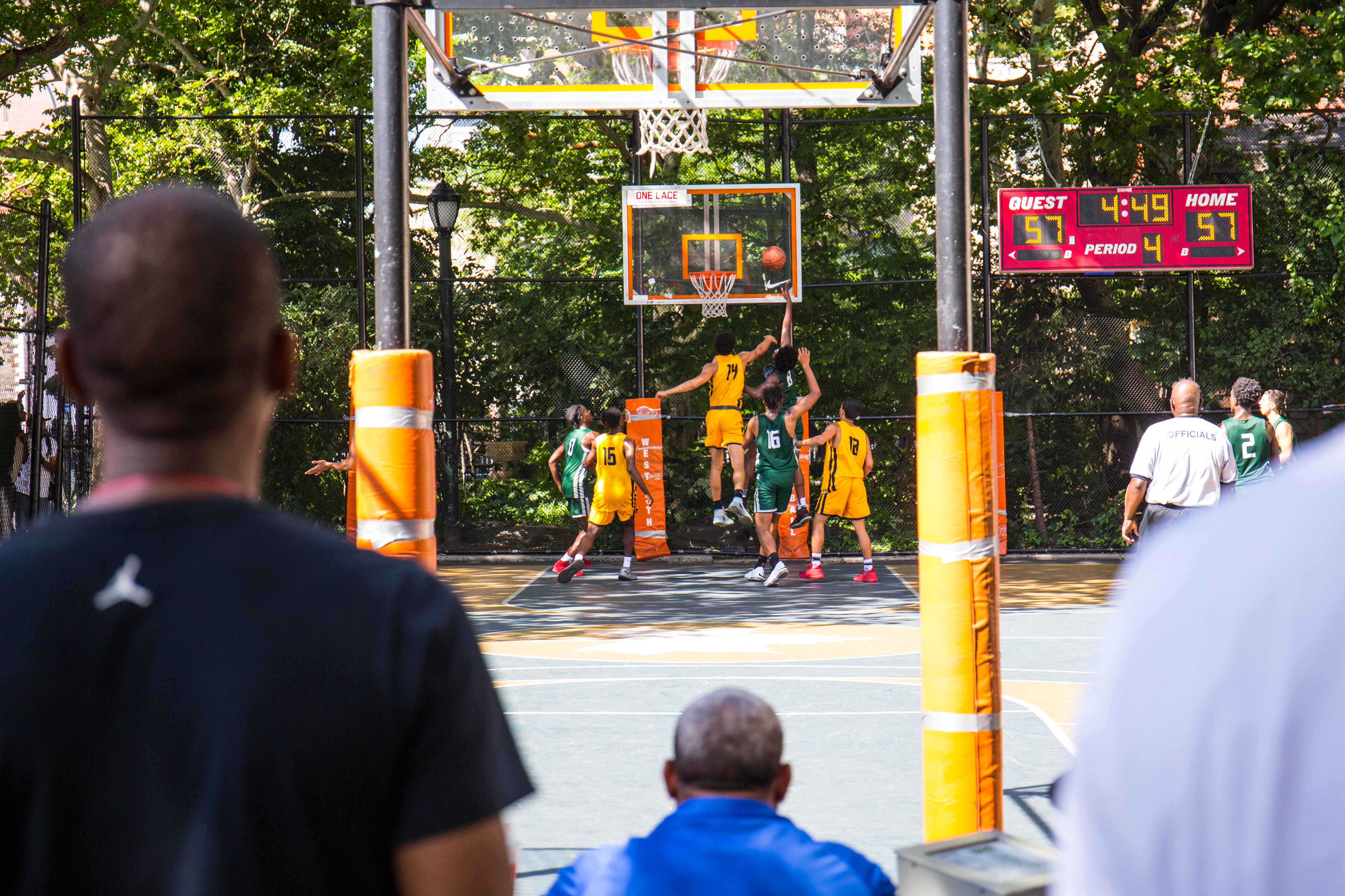New Yorkers At Play Photos Of Nyc S Beaches Playgrounds And More