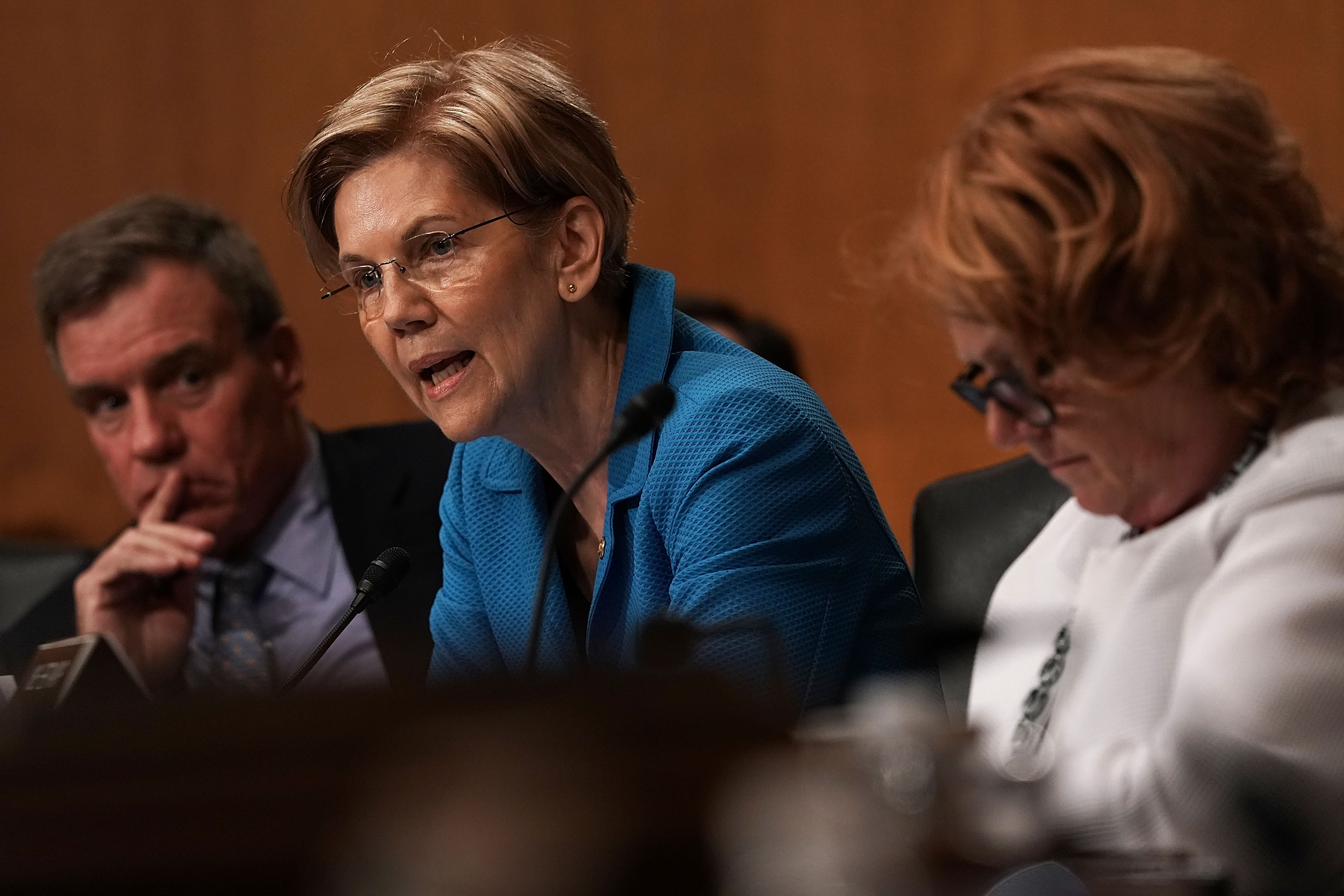 Elizabeth Warren confronts Trump nominee for her role in family separations