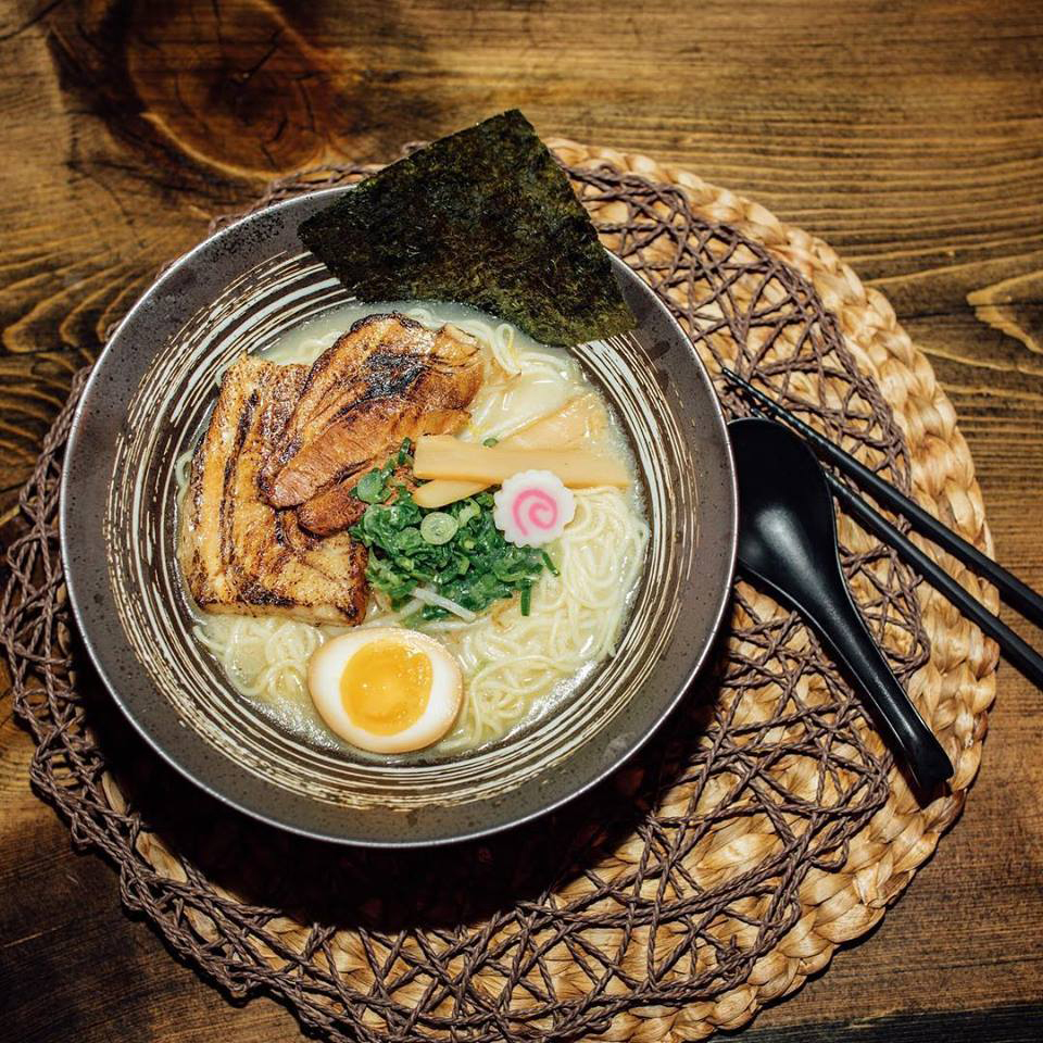 Bowl of ramen on wooden table