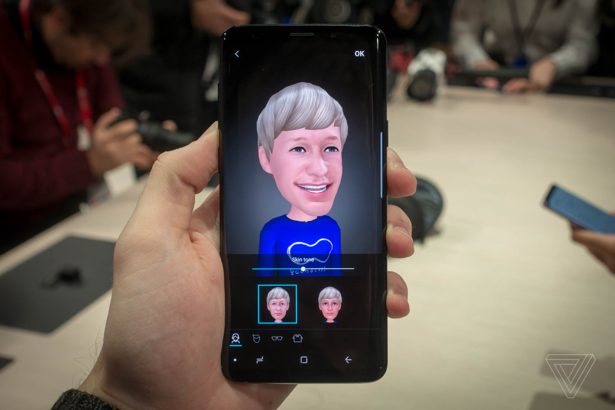 Samsung's AR Emoji are now more customizable but just as creepy