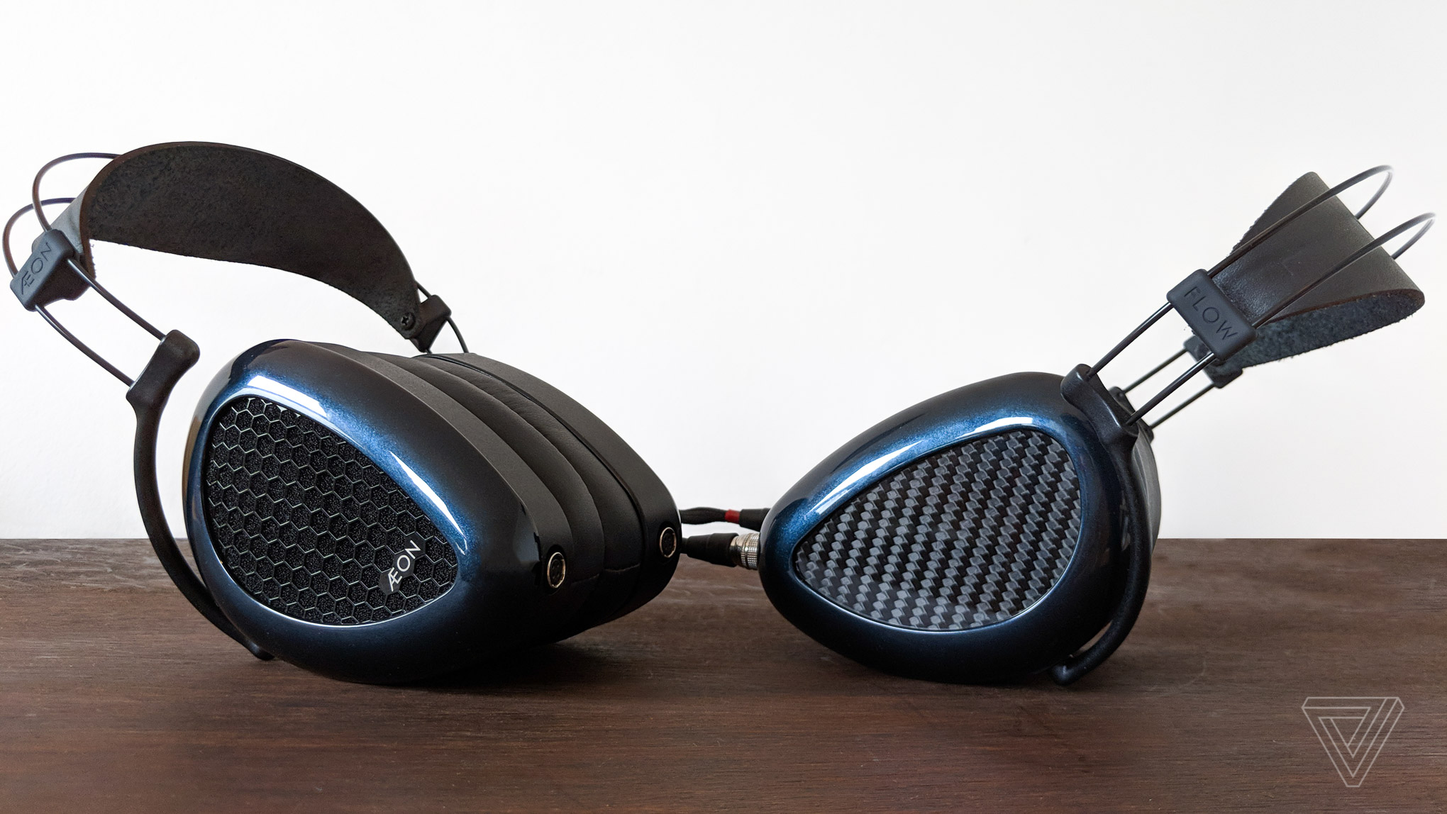MrSpeakers Aeon Flow review: songs of ice and fire - The Verge