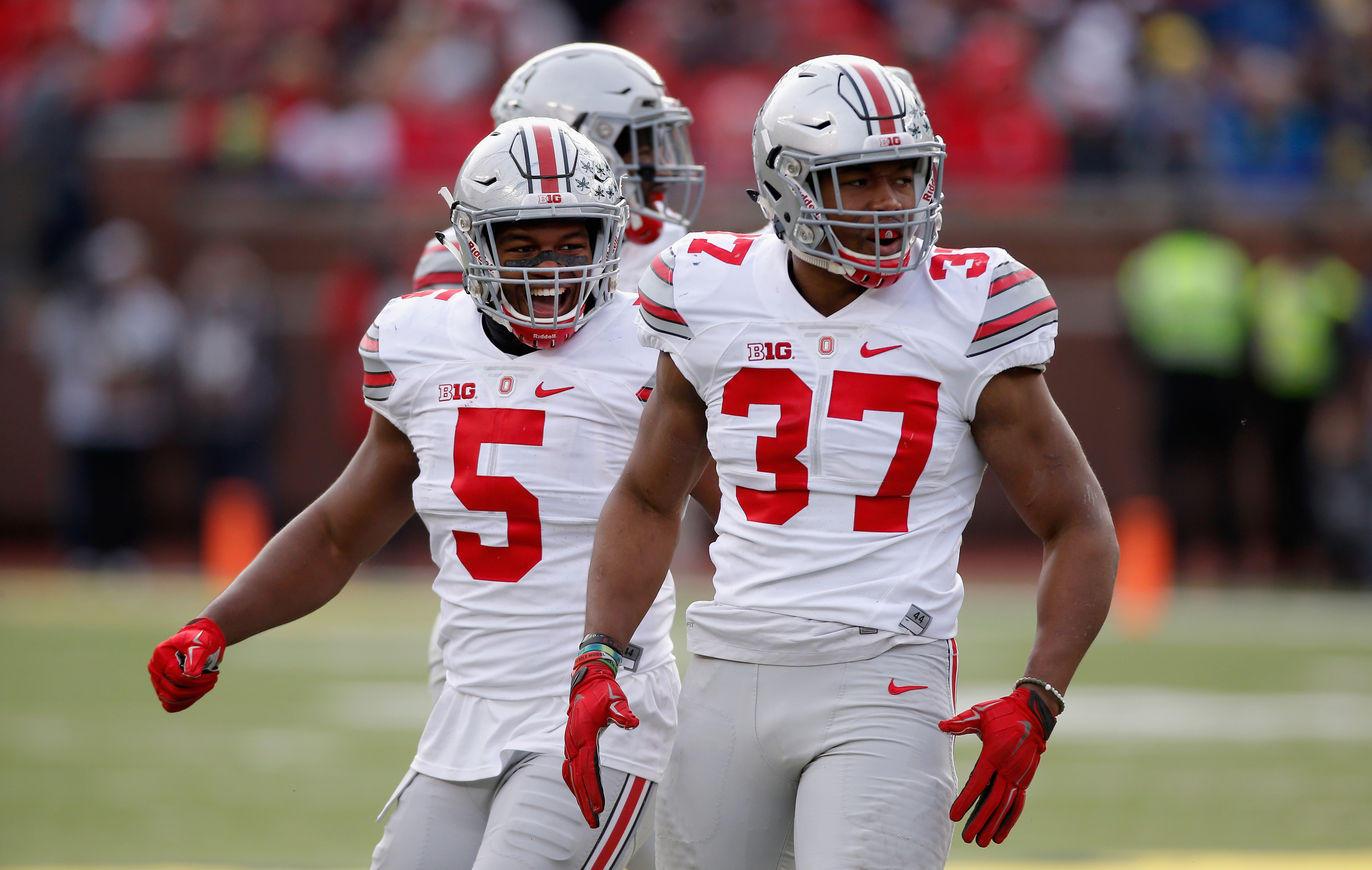 d25621a2edc Former Ohio State linebacker Joshua Perry opens up about his retirement on  TODAY