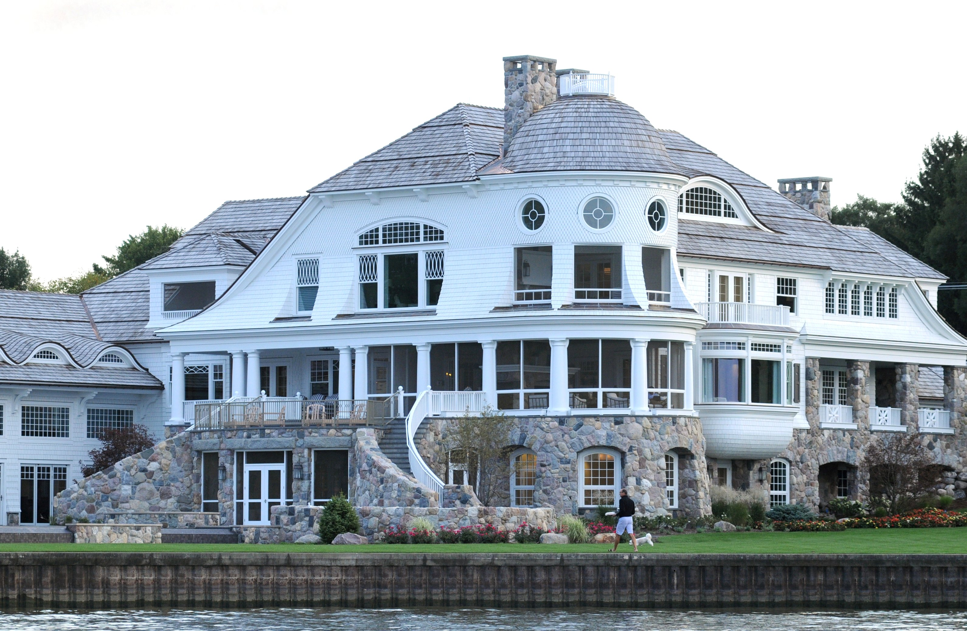 Betsy Devos S Yacht Is Nothing Compared To Her Summer Home Vox