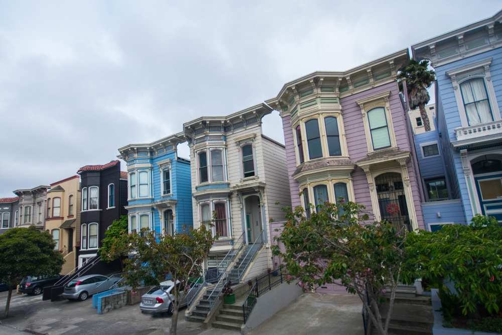 SF Victorians lined up on the street.