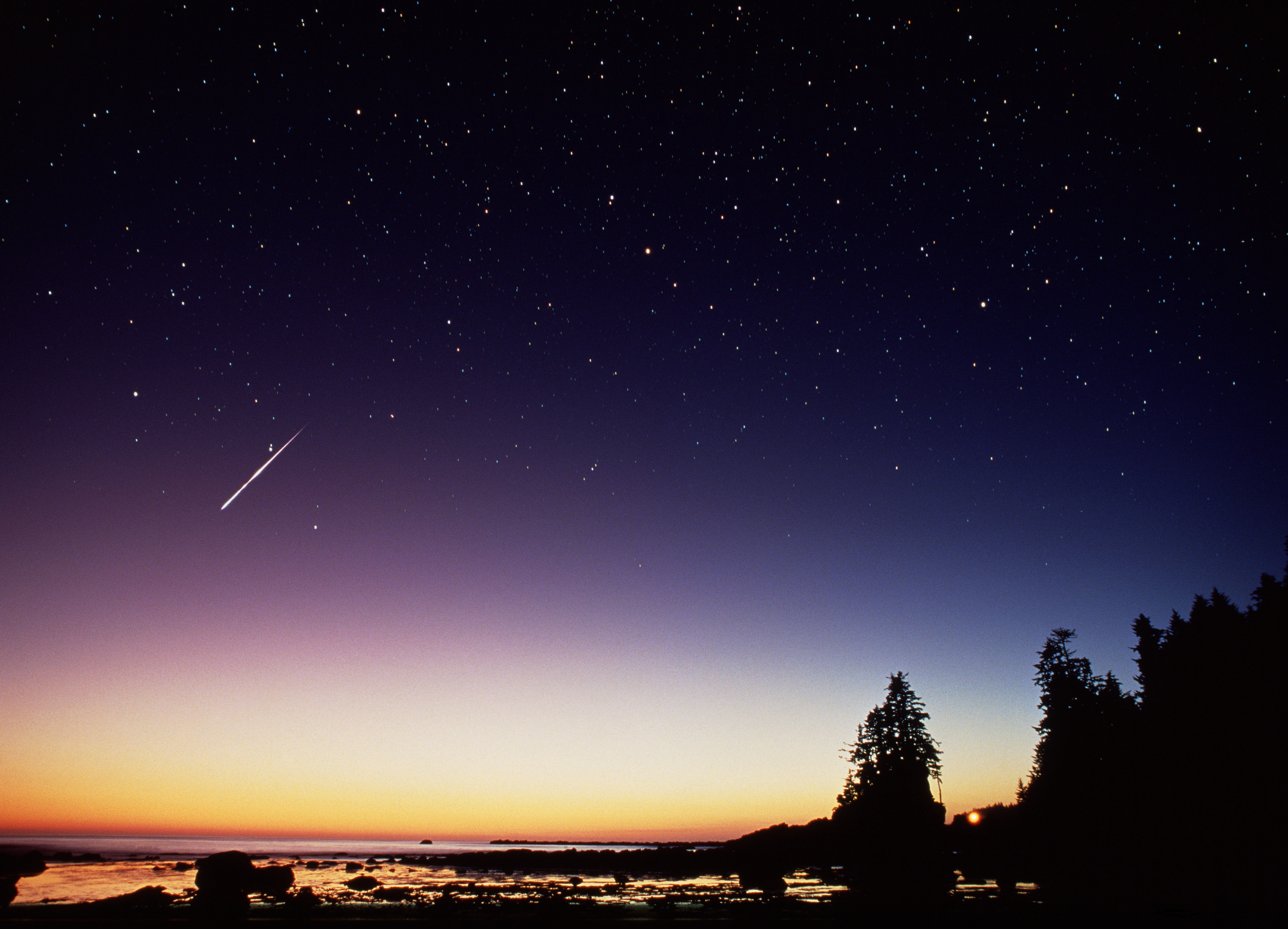 The Perseid meteor shower peaks this weekend. Here's how to catch the spectacular show.