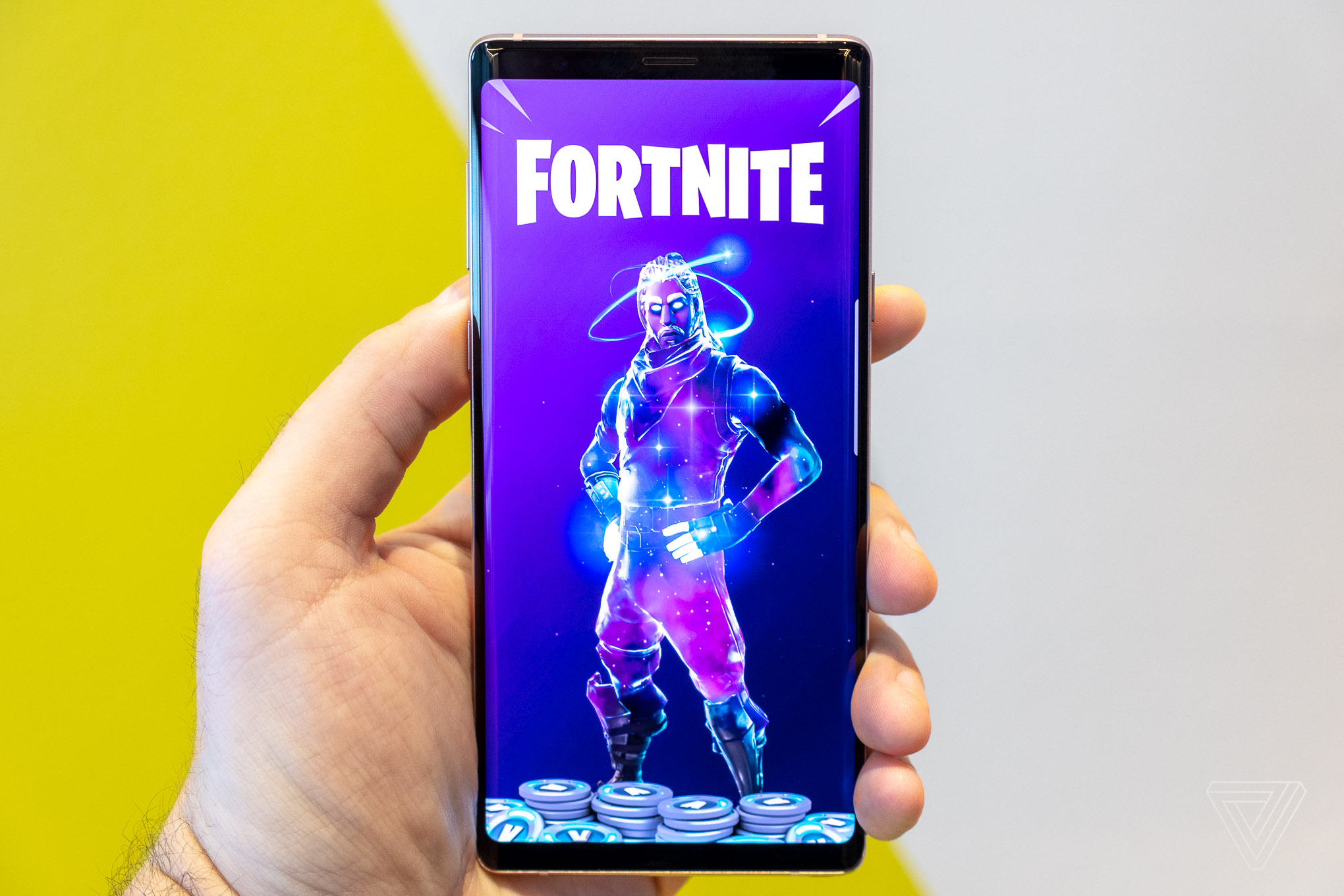 fortnite for android is launching today exclusively on recent samsung galaxy devices - fortnite apk galaxy s5