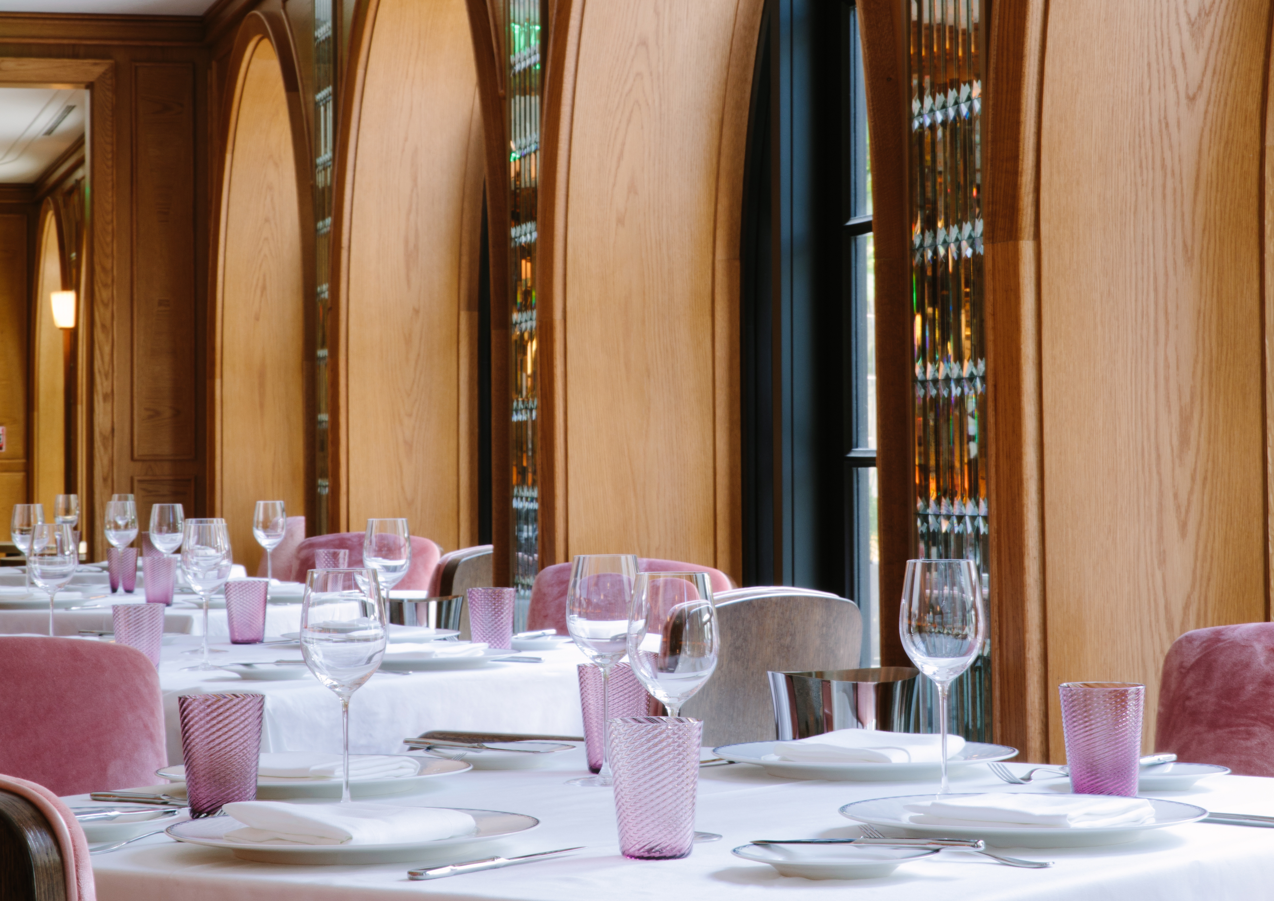 The dining room at the Surf Club by Thomas Keller