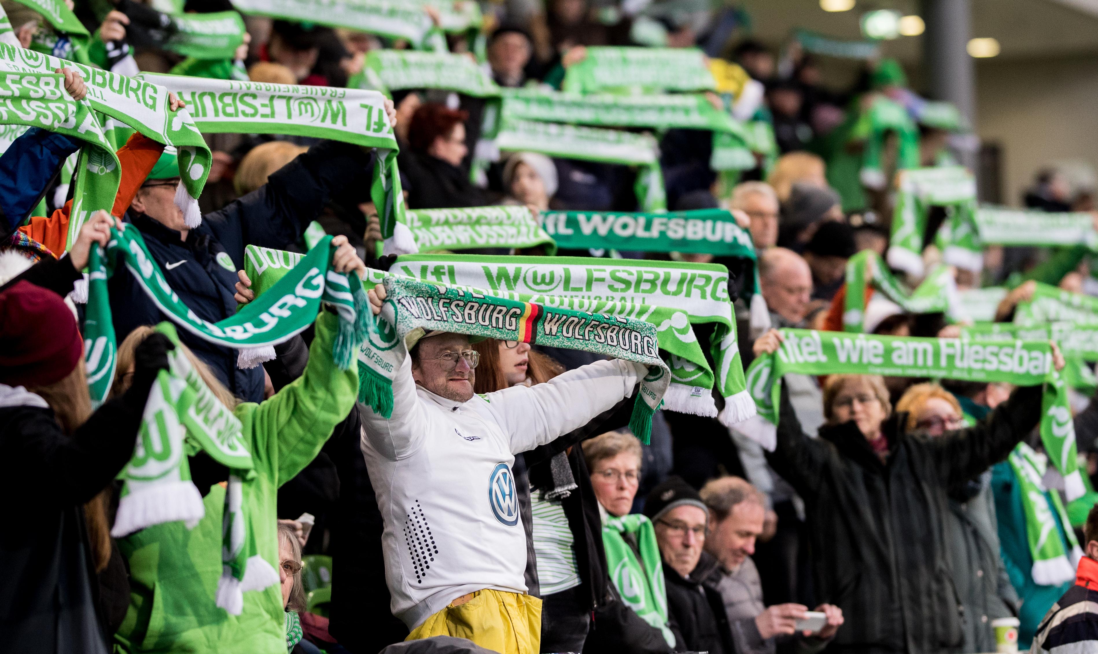 Wolfsburg v Slavia Praha - UEFA Champions League Quarter Final