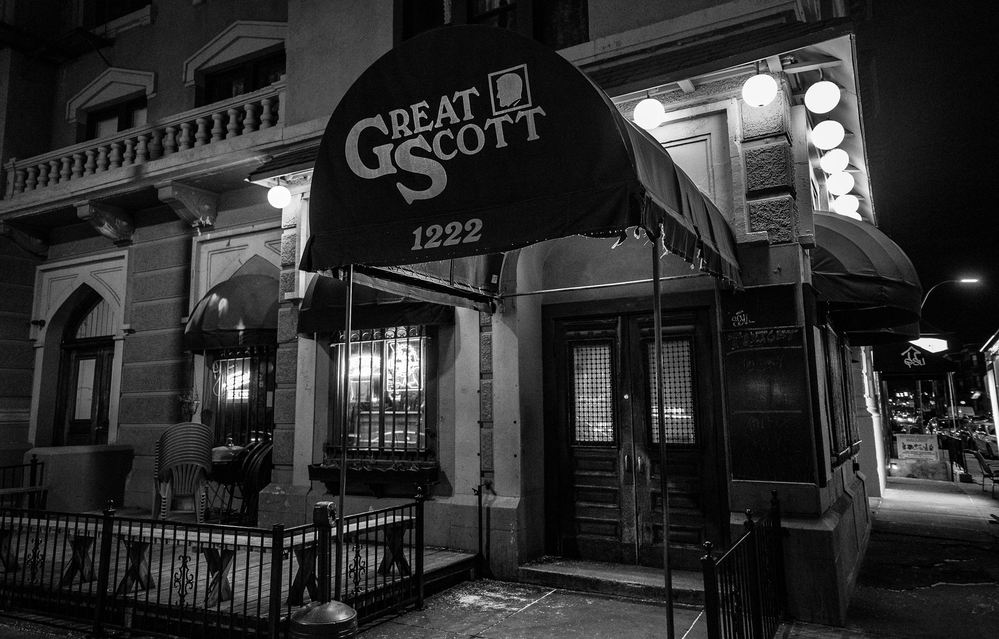 Visit These Boston Bars and Restaurants for Cheap Live Music