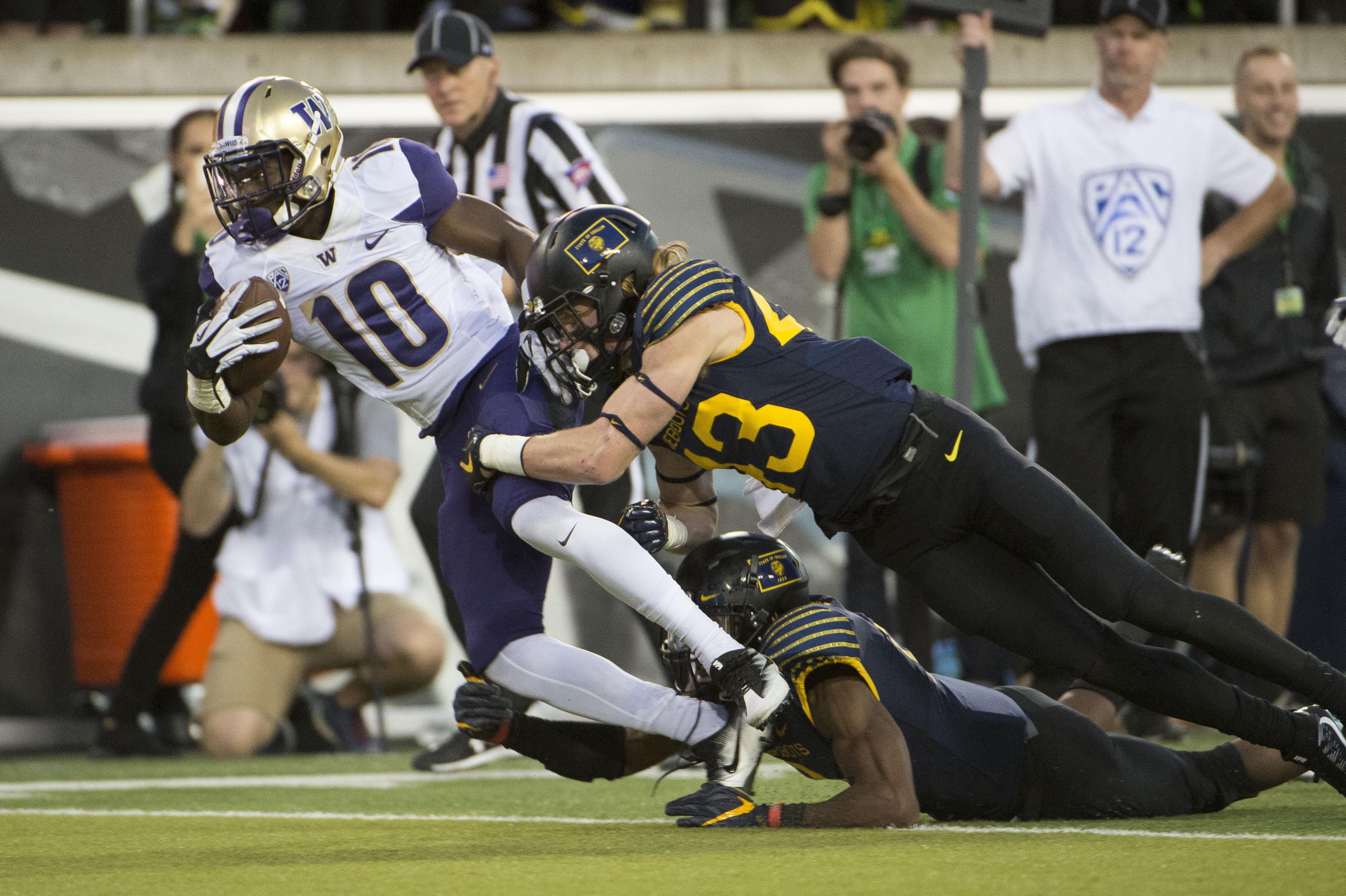 NCAA Football: Washington at Oregon