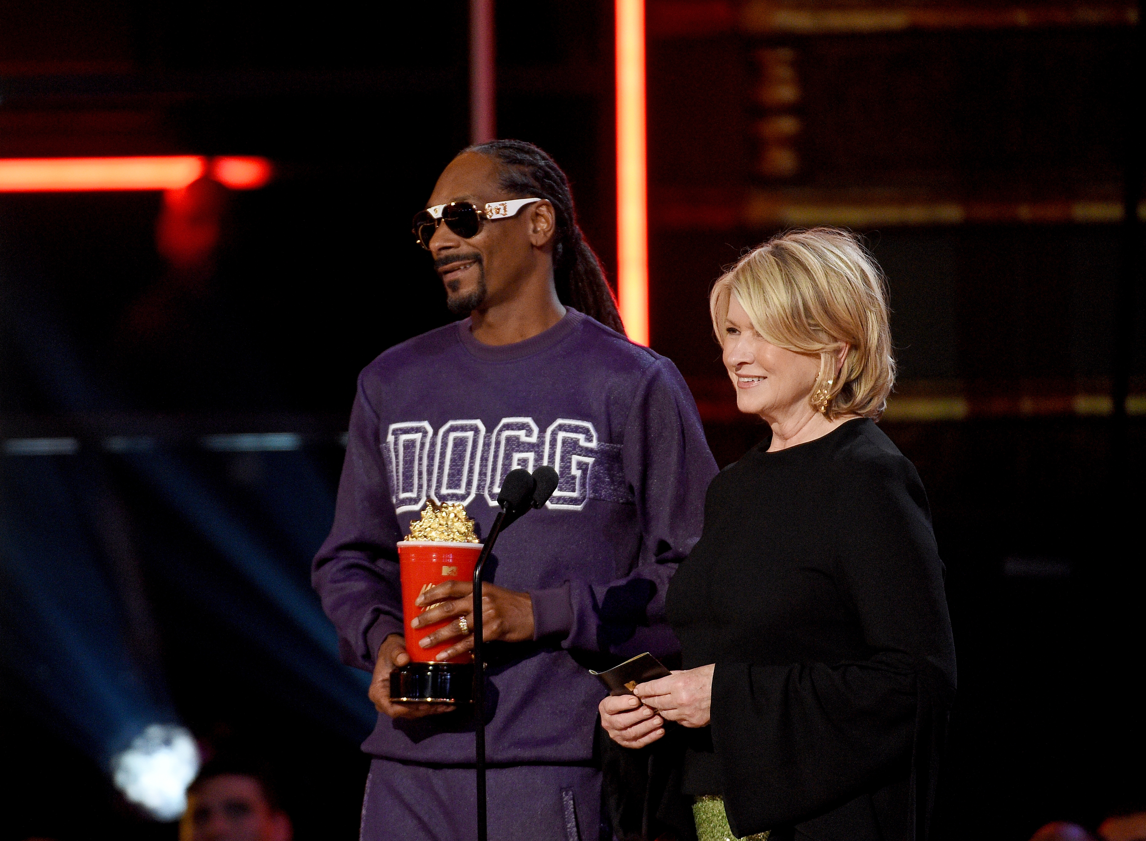 Snoop Dogg Will Release a Cookbook